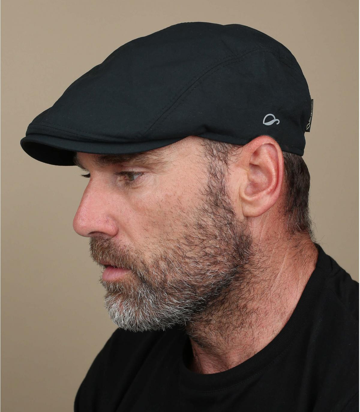 berretto nero Gore Tex