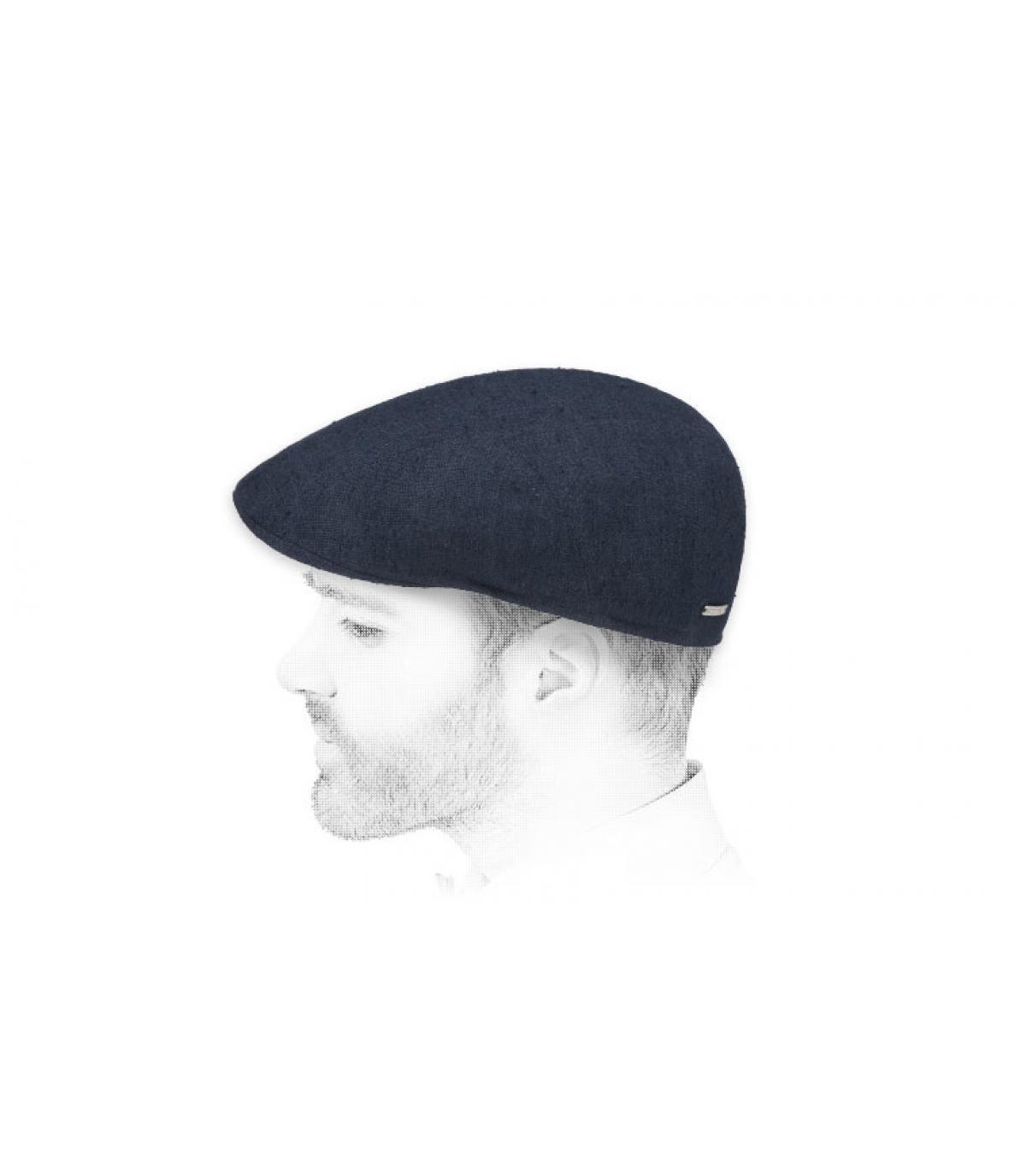 berretto di navy di seta