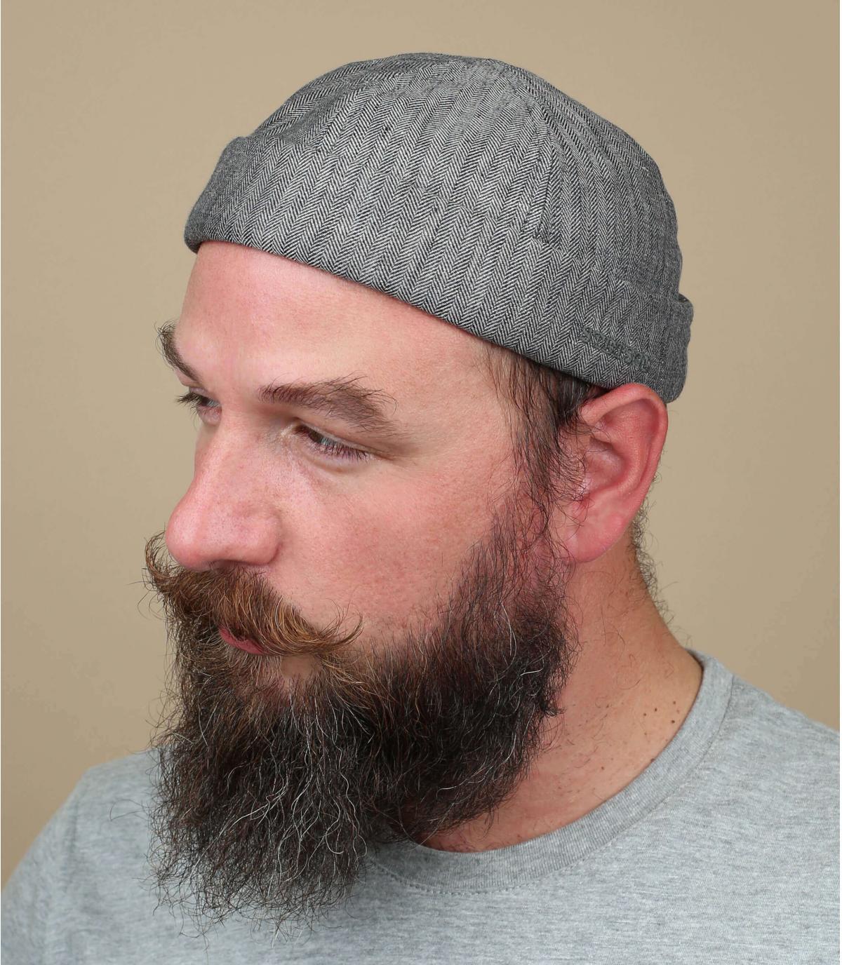 cappello di tela grigio