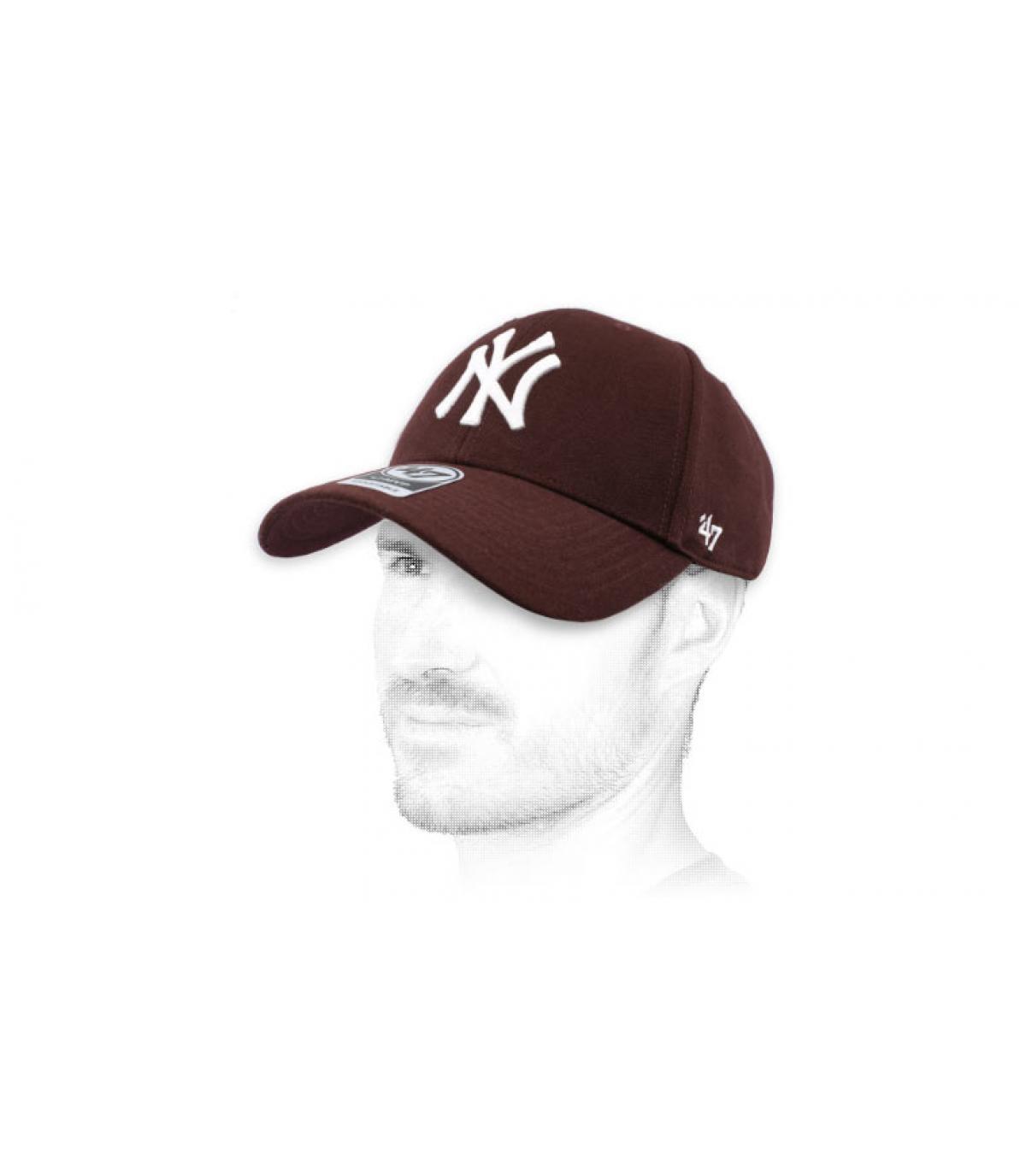 berretto bordeaux NY 47