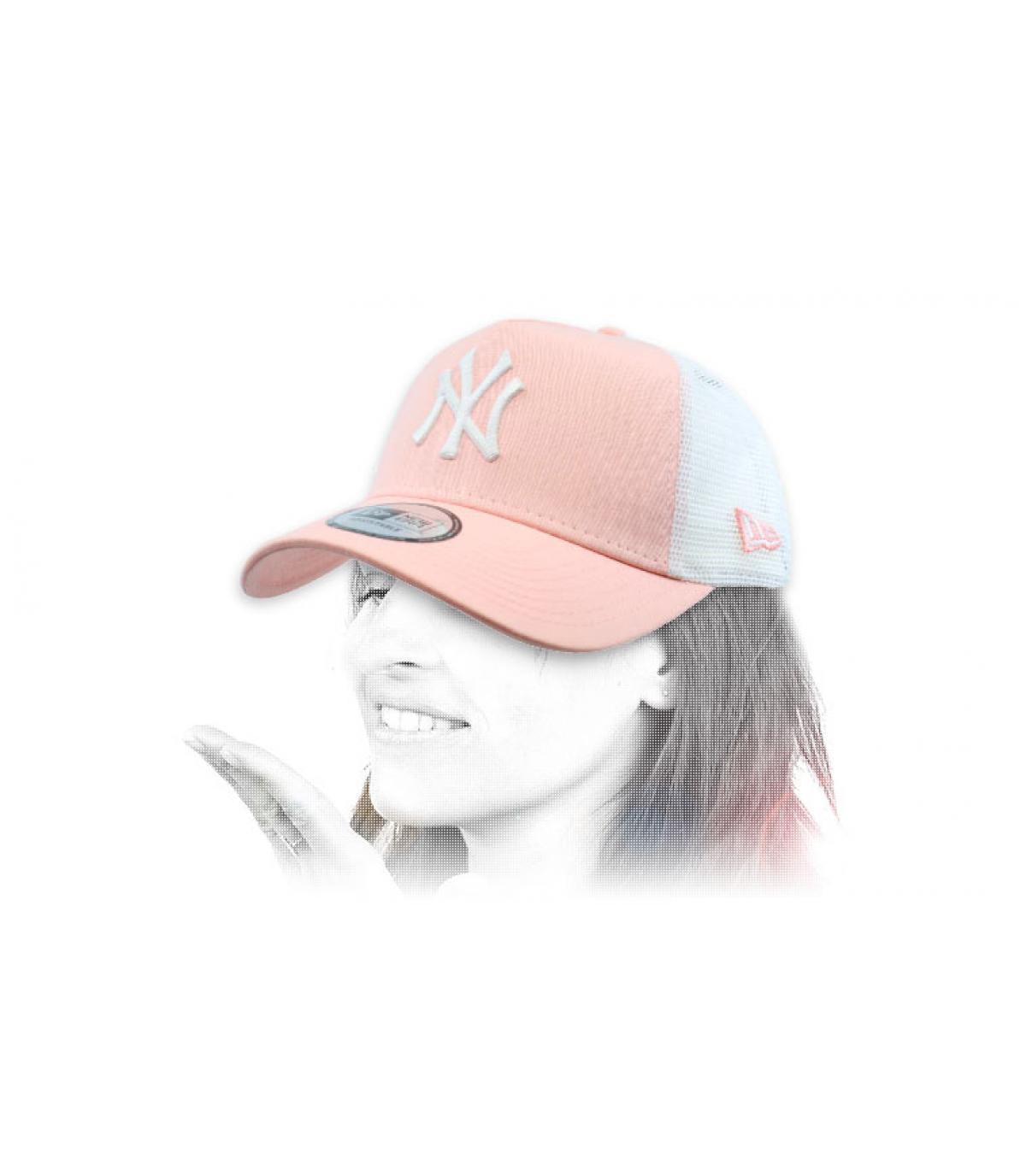 NY trucker rosa