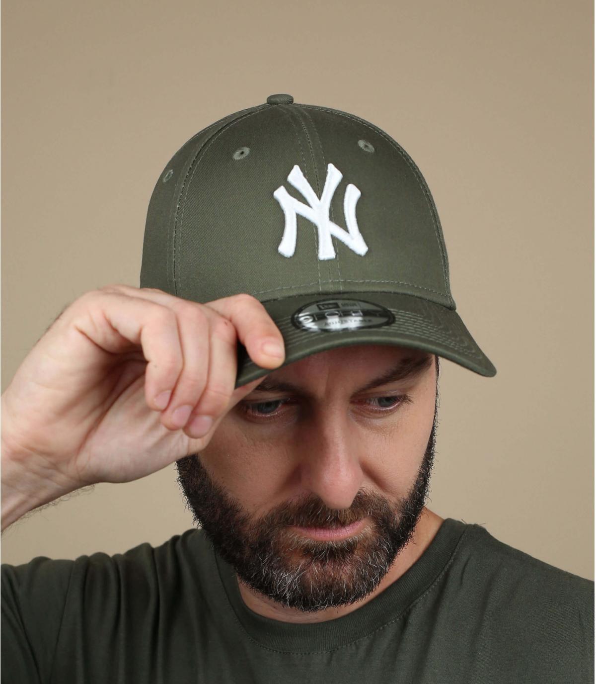 berretto verde NY