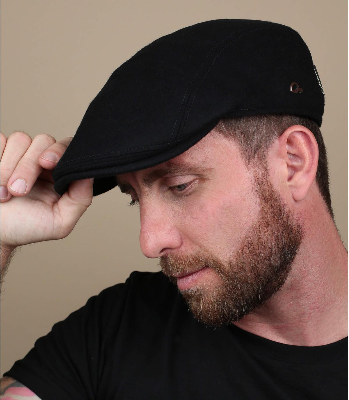 berretto nero lana Gore Tex