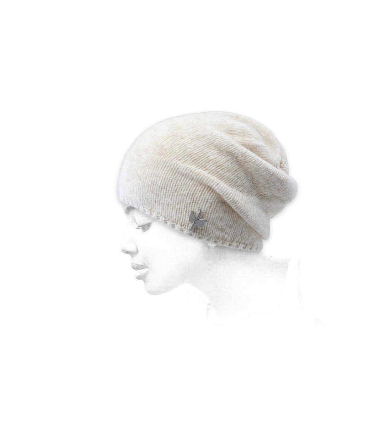 cappello lungo lana beige