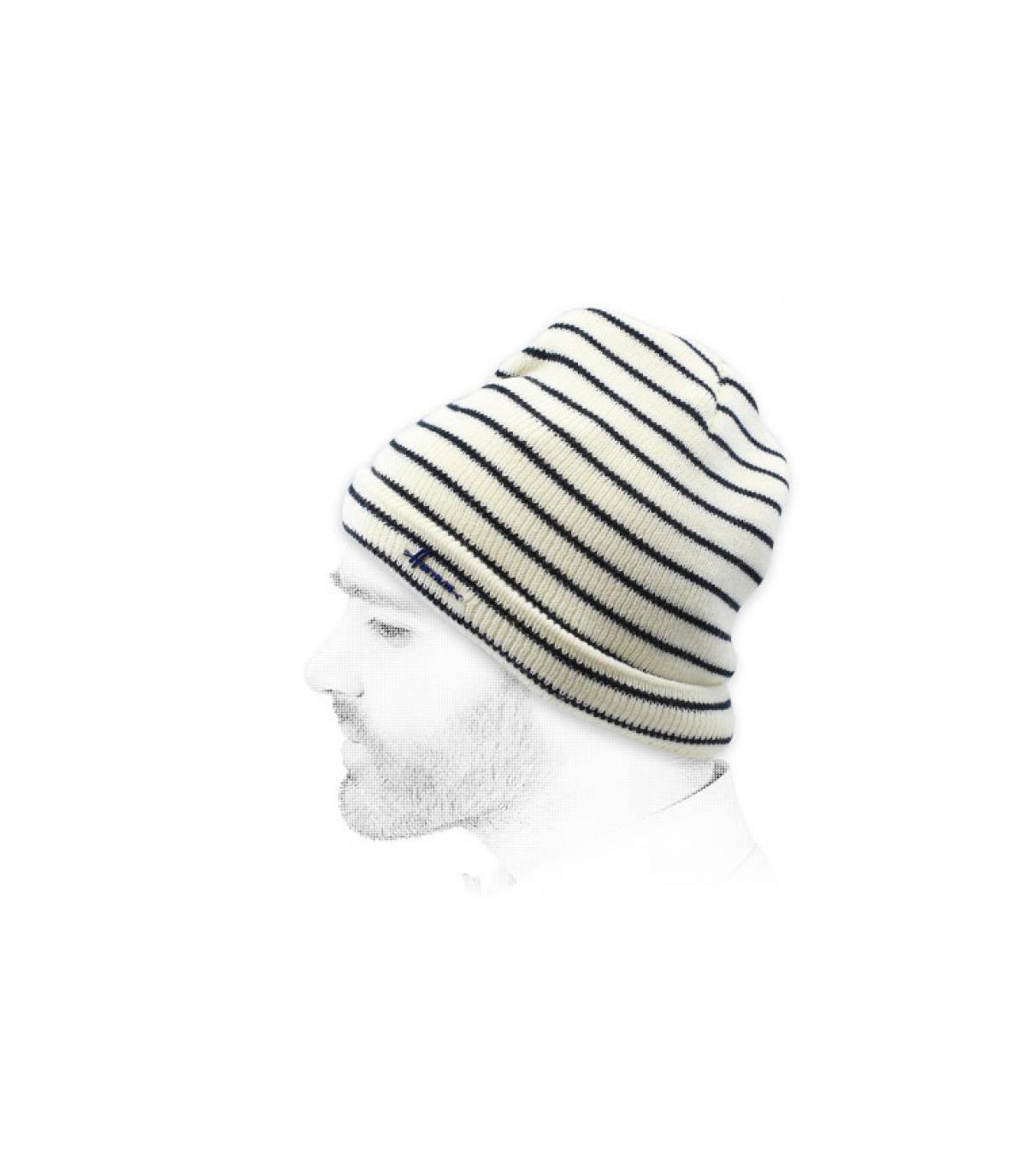 cappello a strisce bianco nero