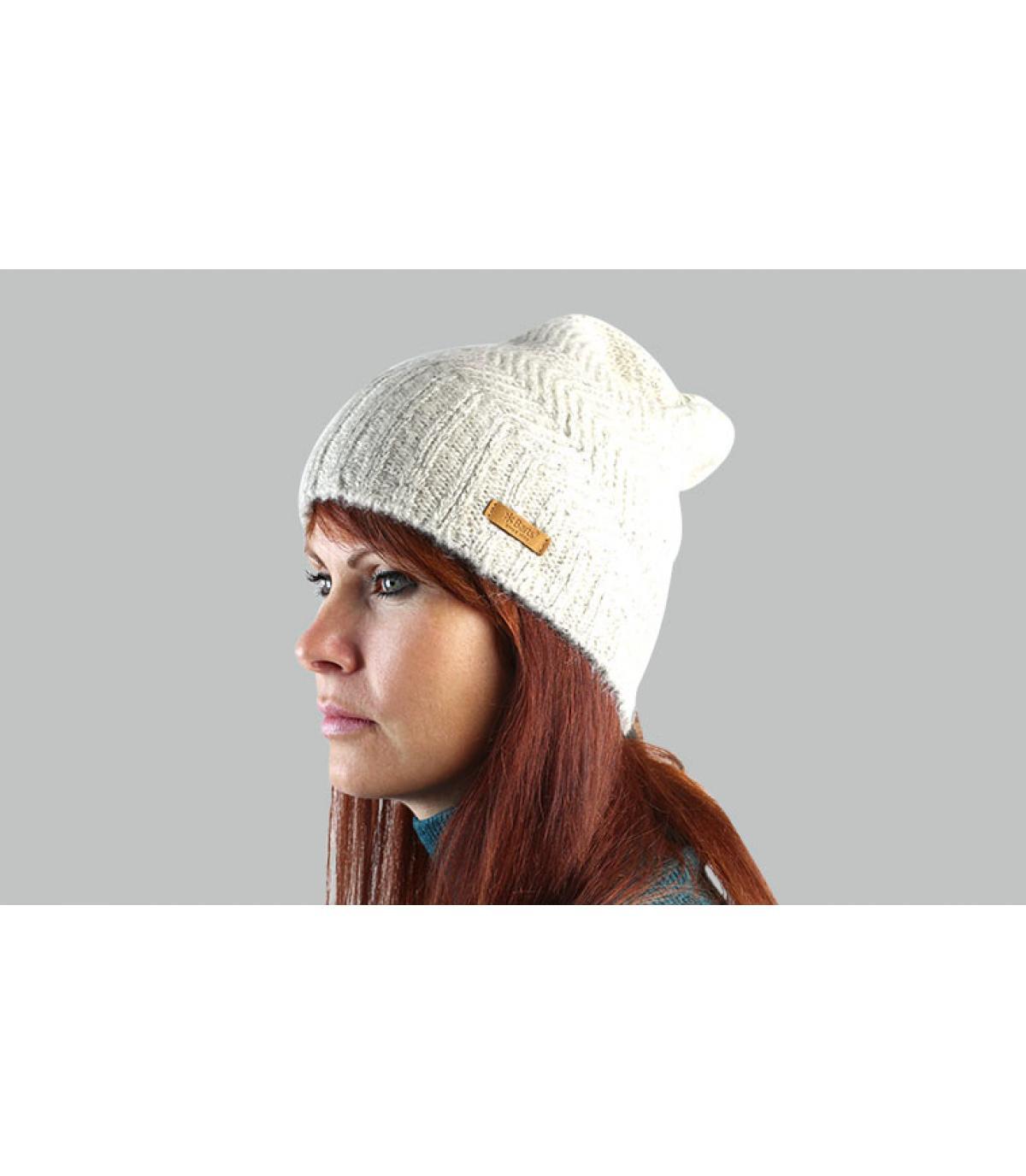 lunghi berretti beige