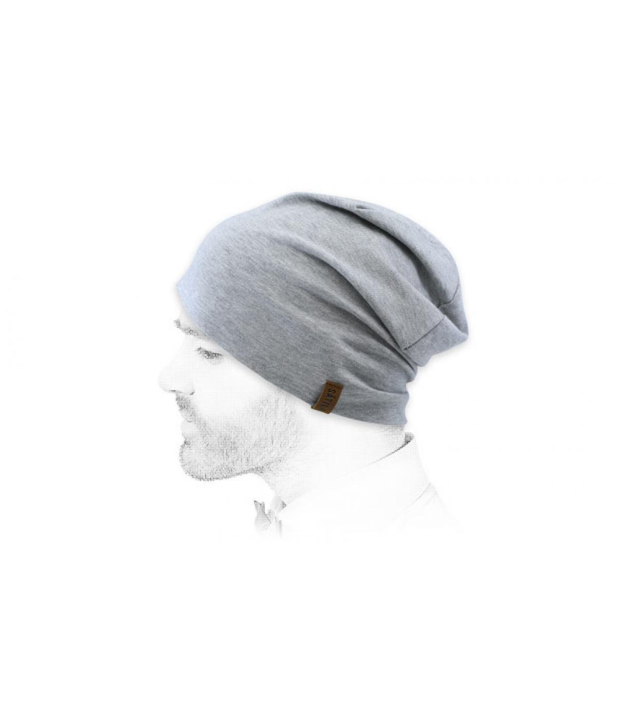 cappello lungo grigio