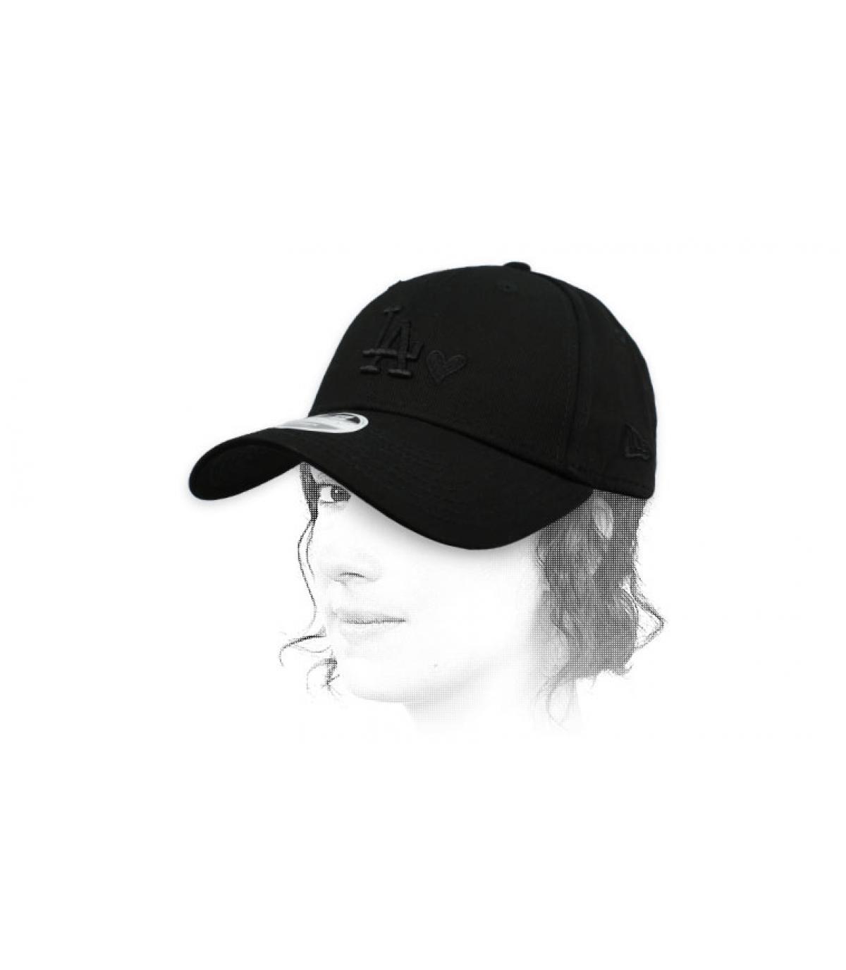 berretto donna cuore nero