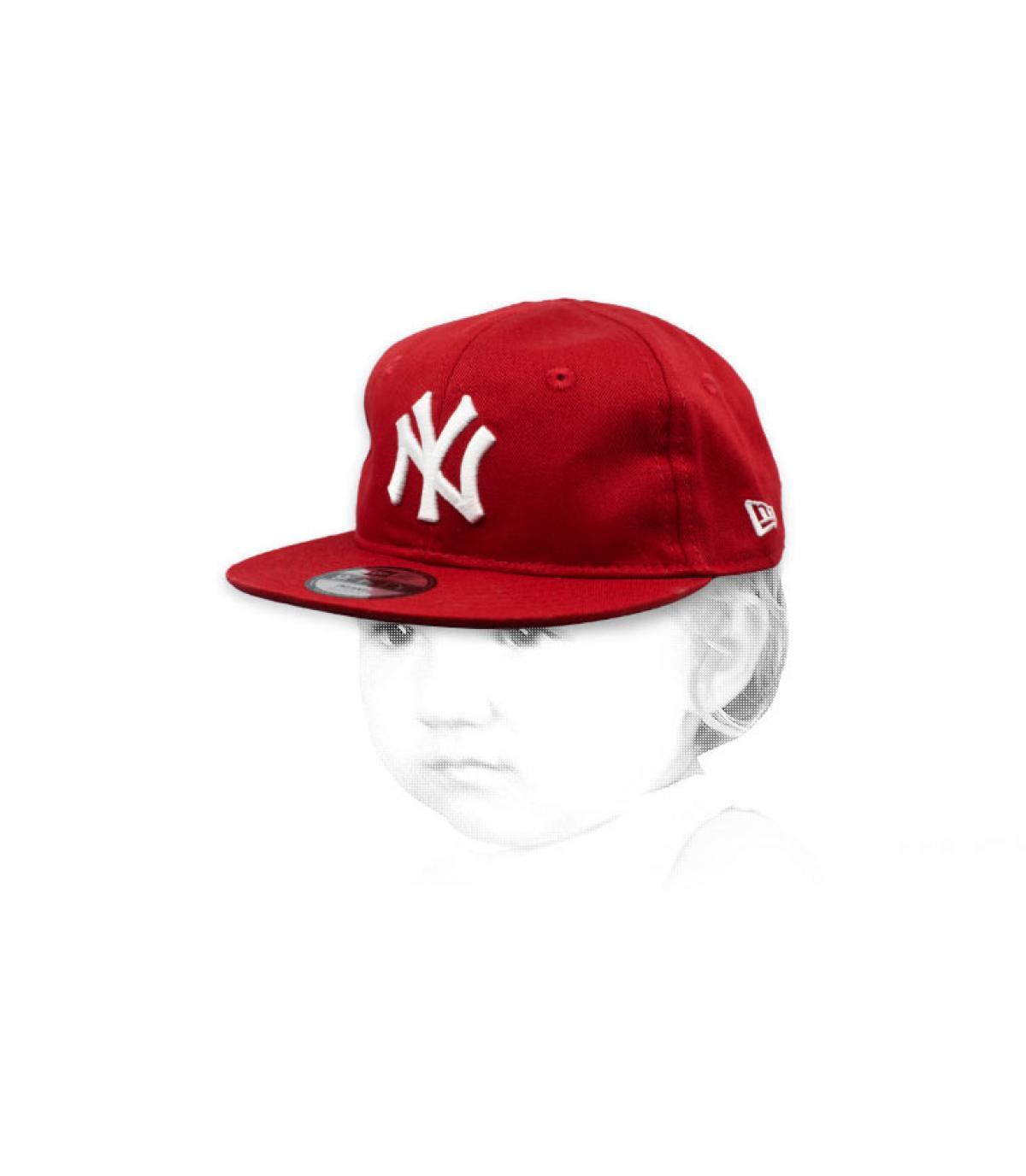 NY berretto bianco rosso