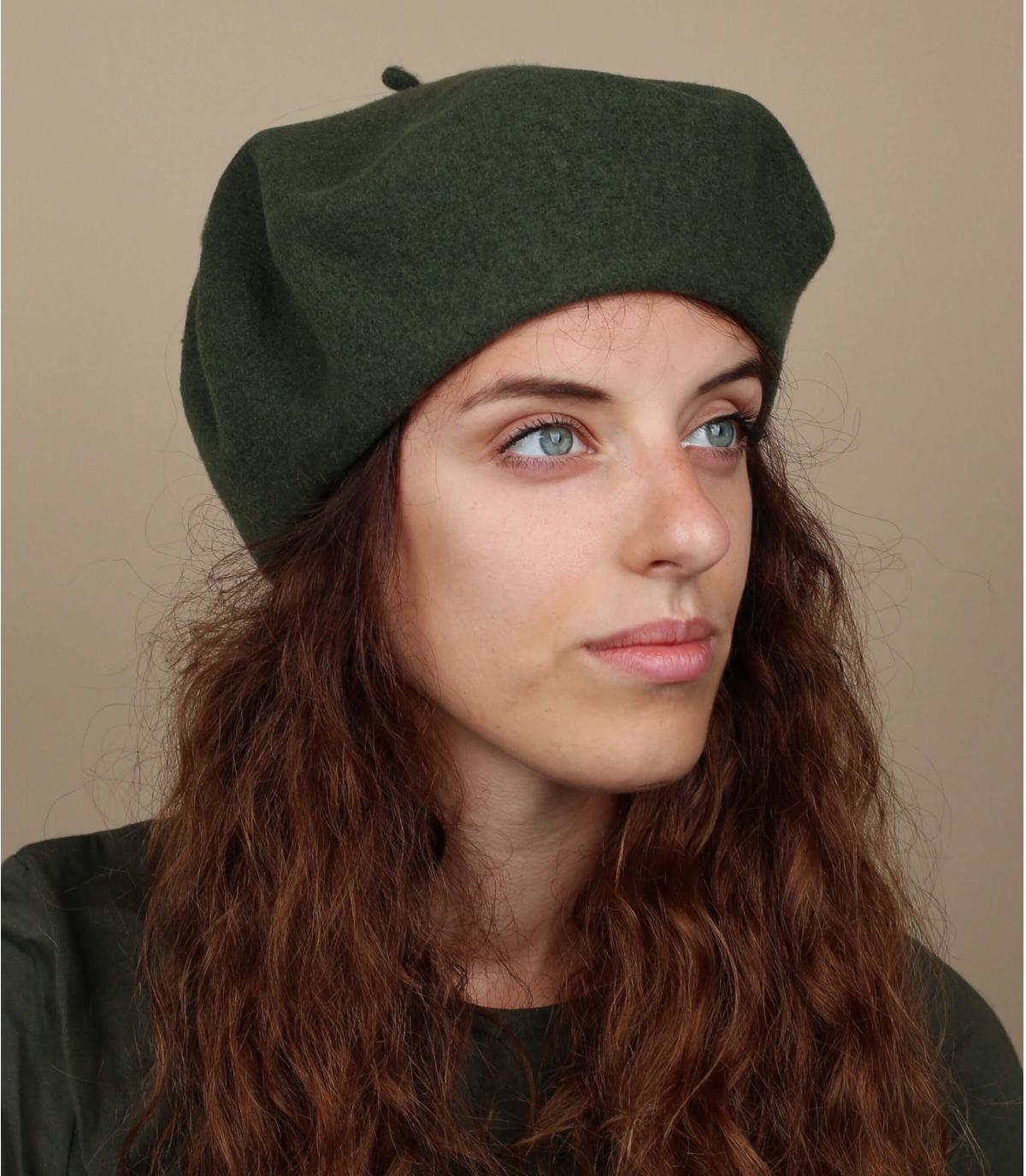 berretto di lana verde