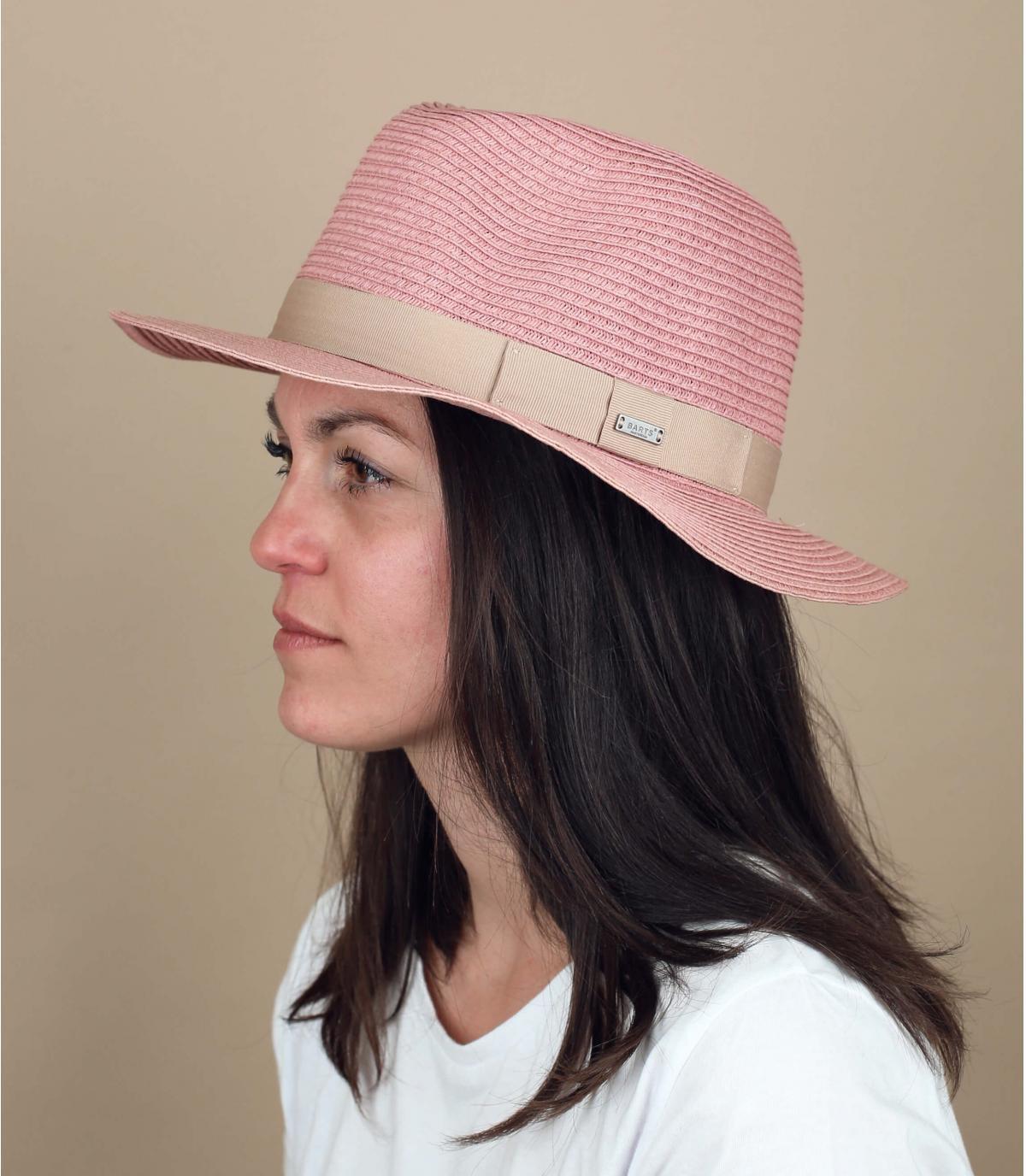 cappello di paglia rosa