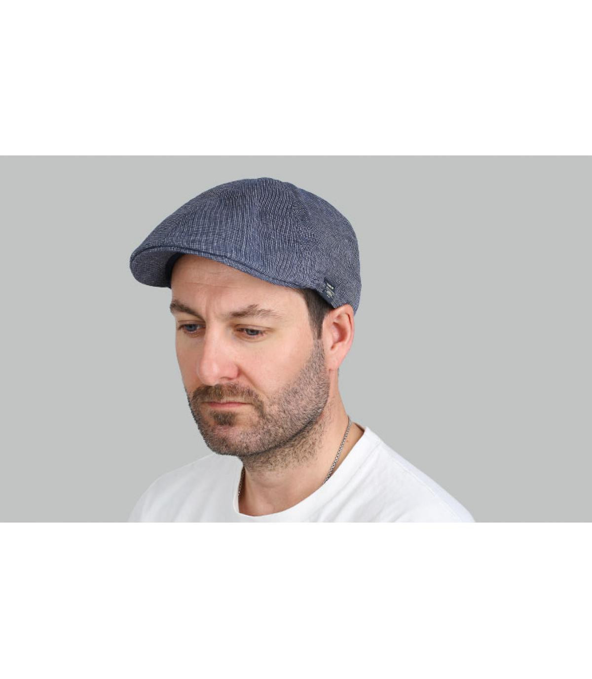 berretto di becco d'anatra blu