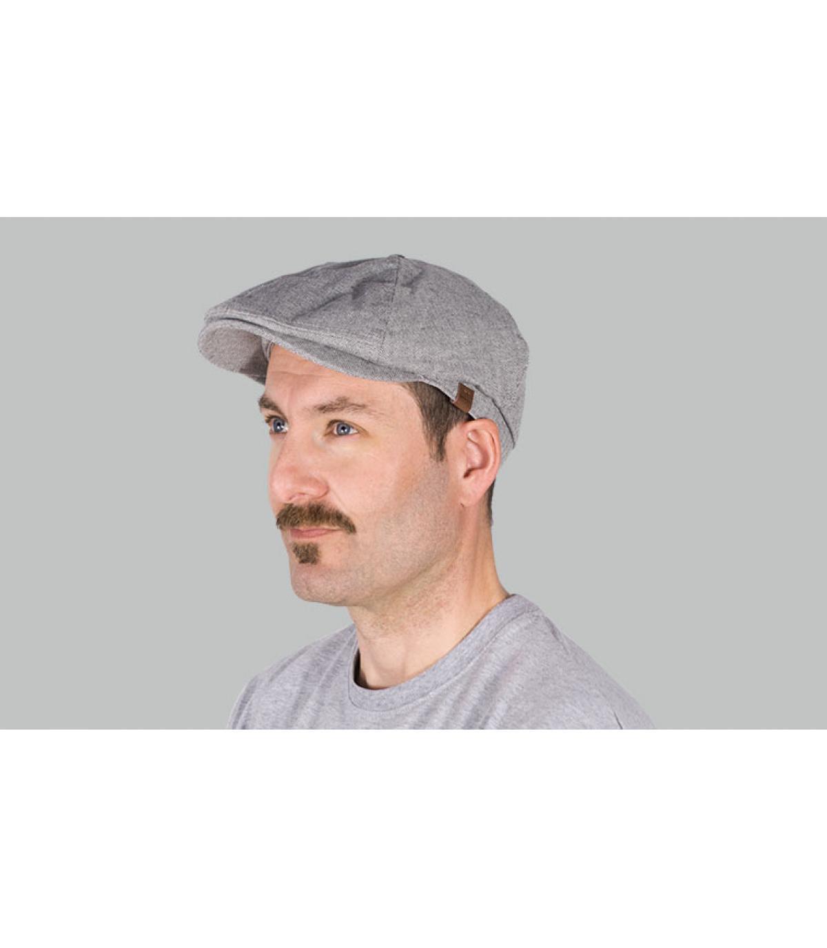 berretto grigio