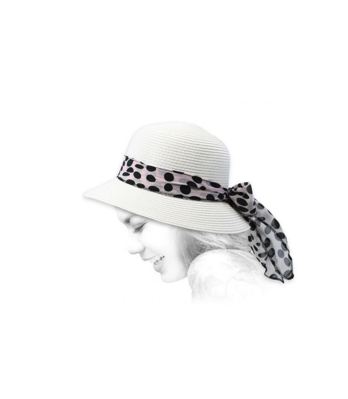 cappello a campana di paglia bianca
