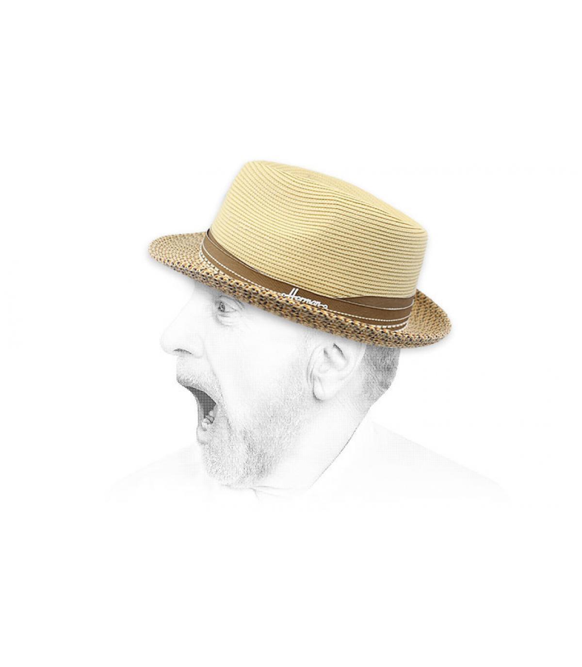 cappello di paglia beige idrorepellente