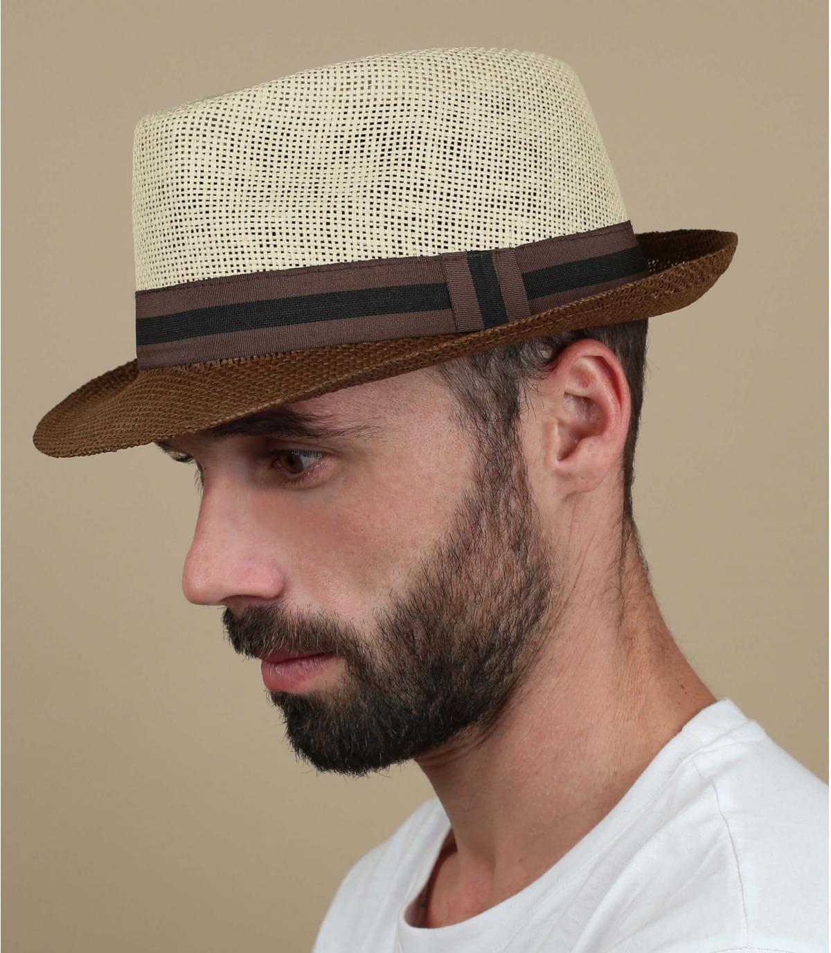 cappello di paglia beige marrone