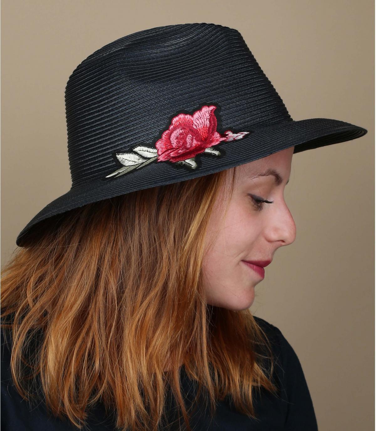 cappello rosa blu scuro
