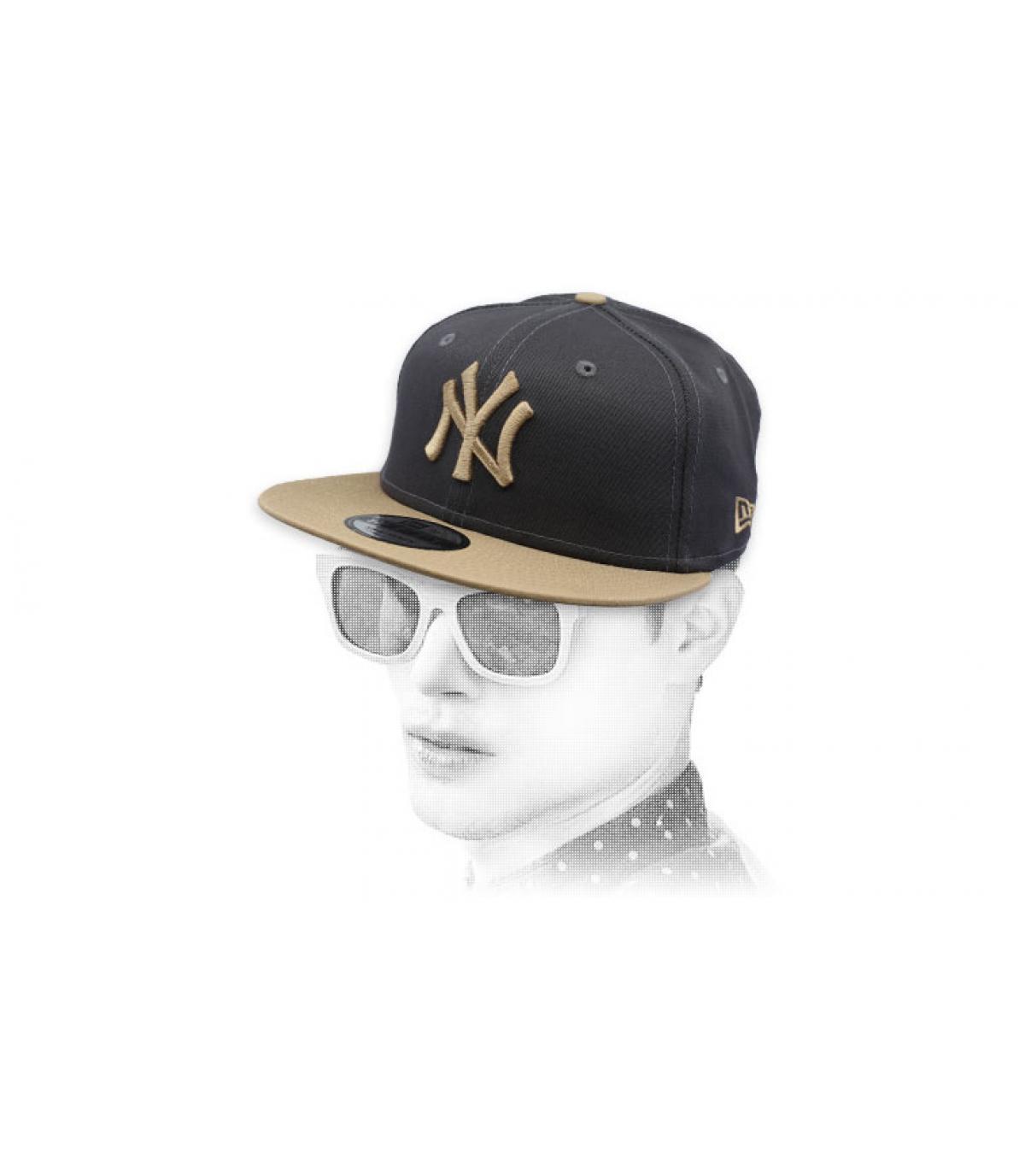 snapback grigio cammello NY