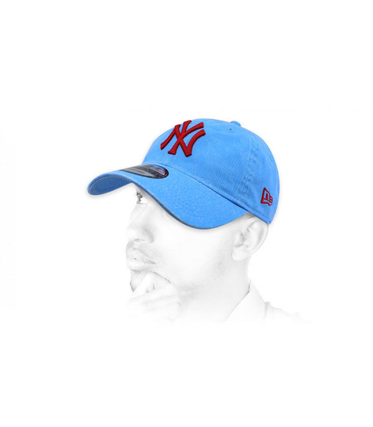 berretto rosso blu NY