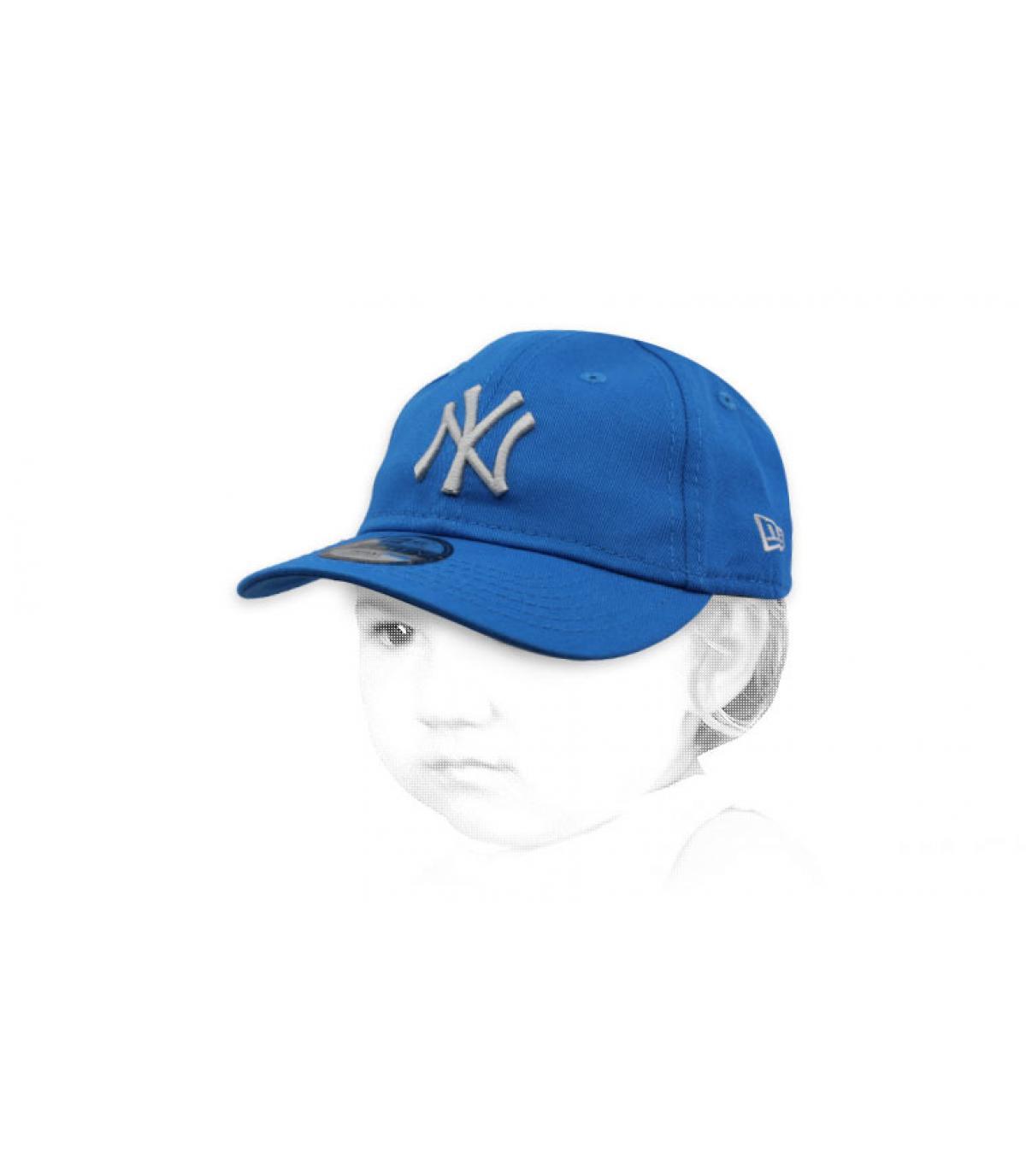 berretto blu NY