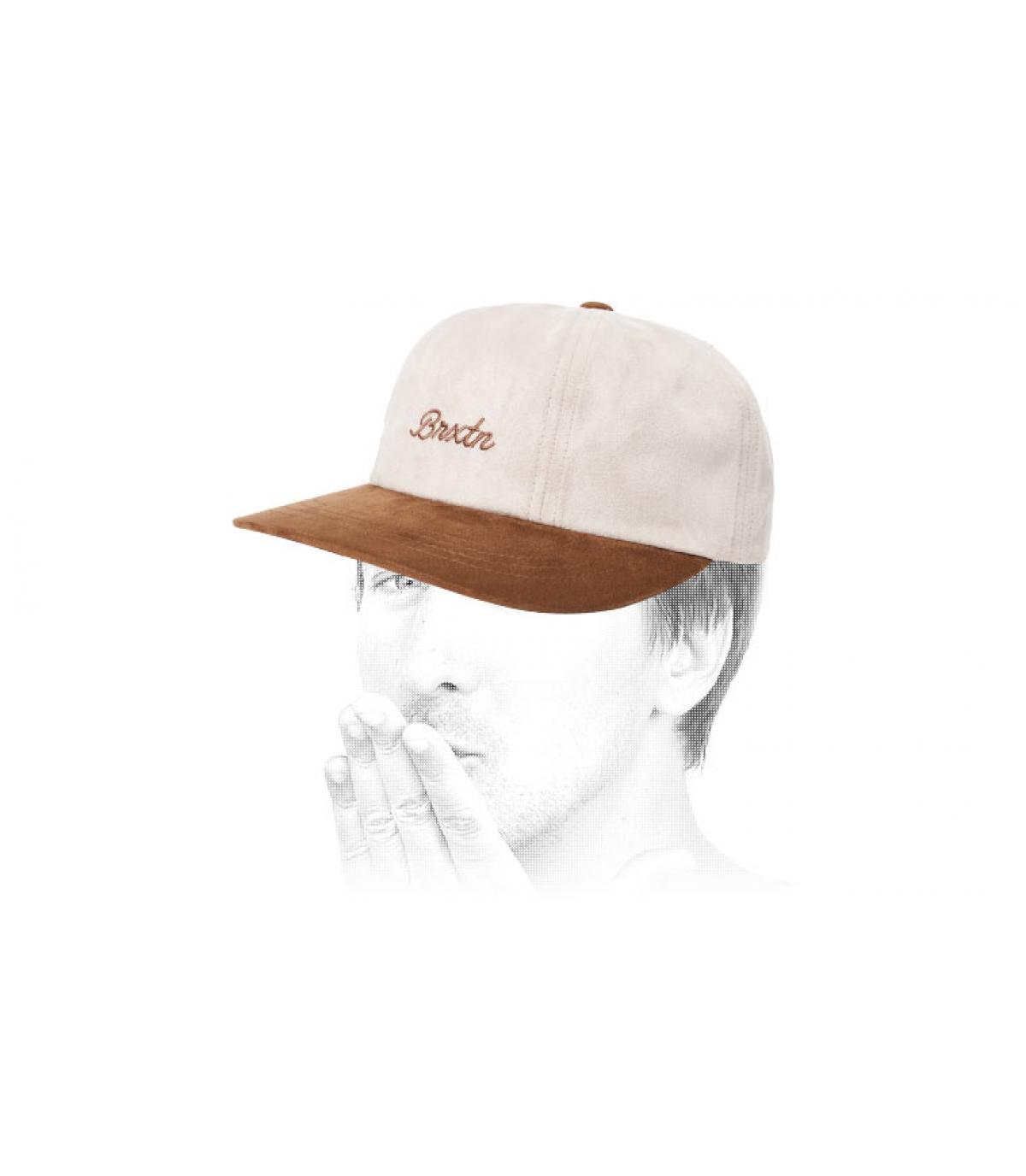 berretto bianco beige