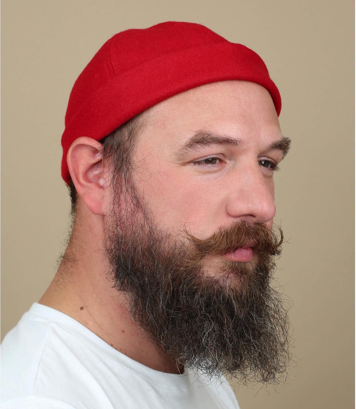 cappello rosso docker