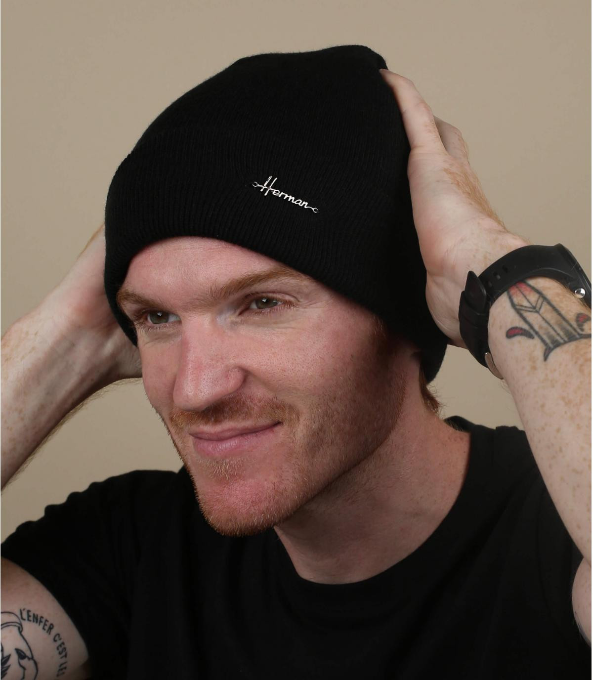 cappello da bavero nero