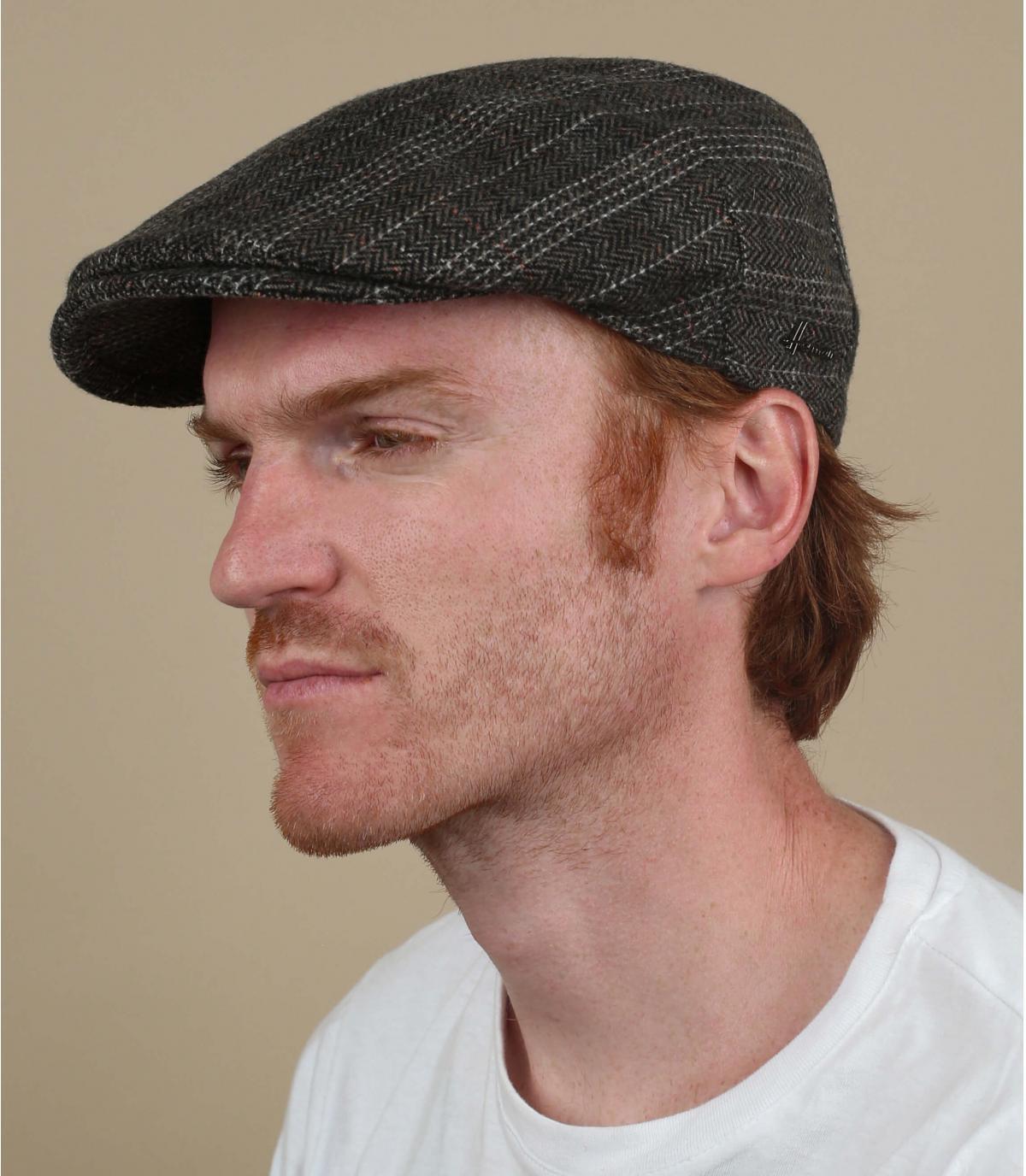 berretto di lana marrone