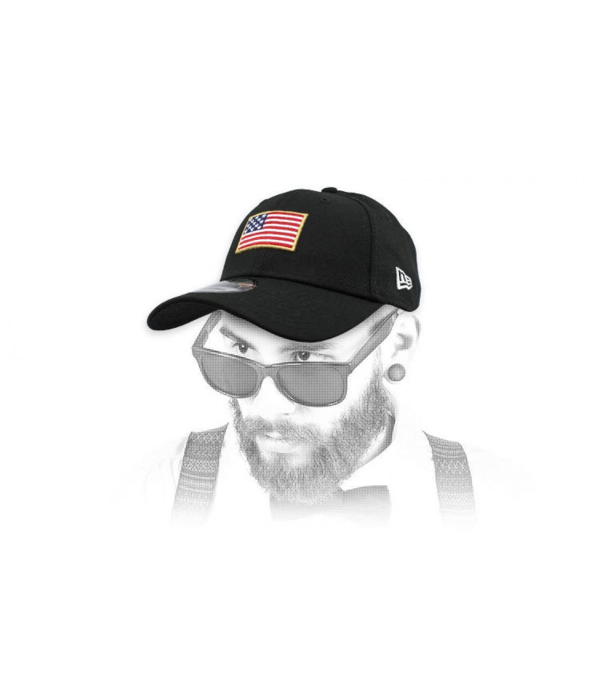 berretto nero della bandiera degli Stati Uniti