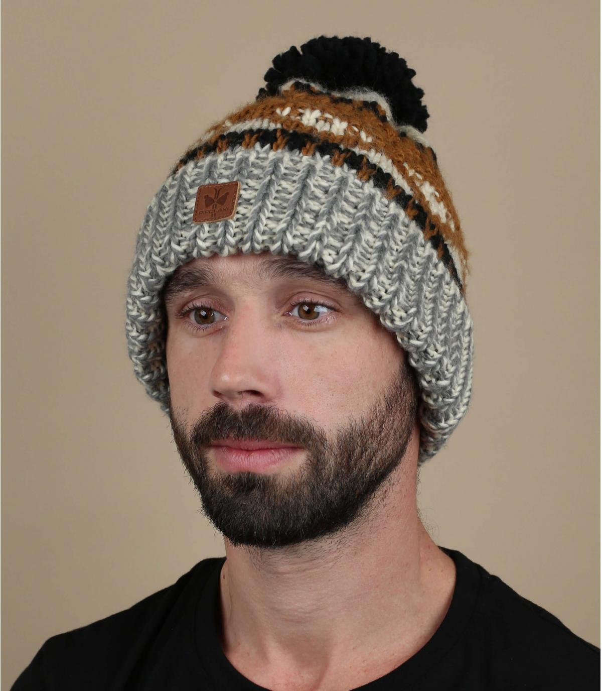 cappellino pompon marrone