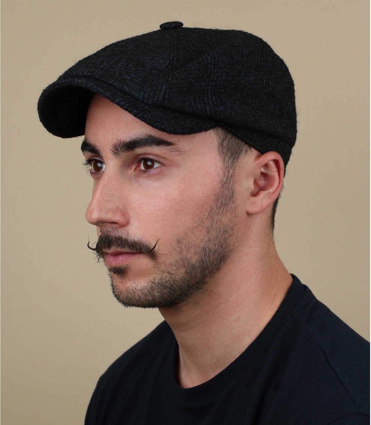berretto berretto grigio