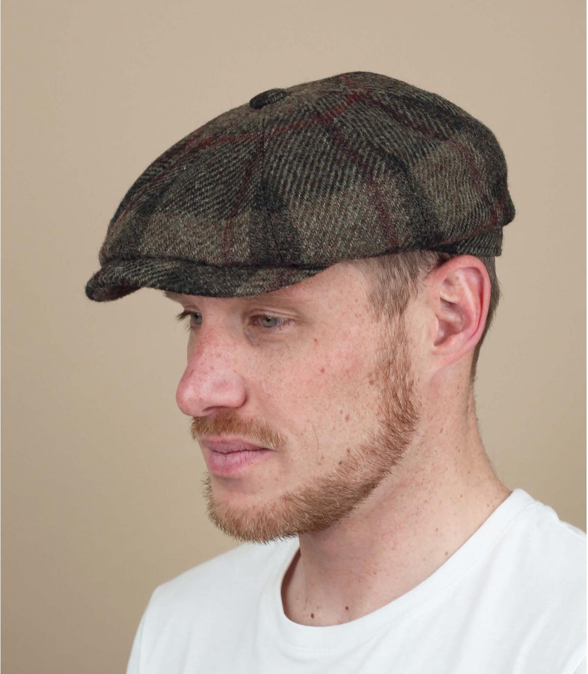 berretto di lana plaid