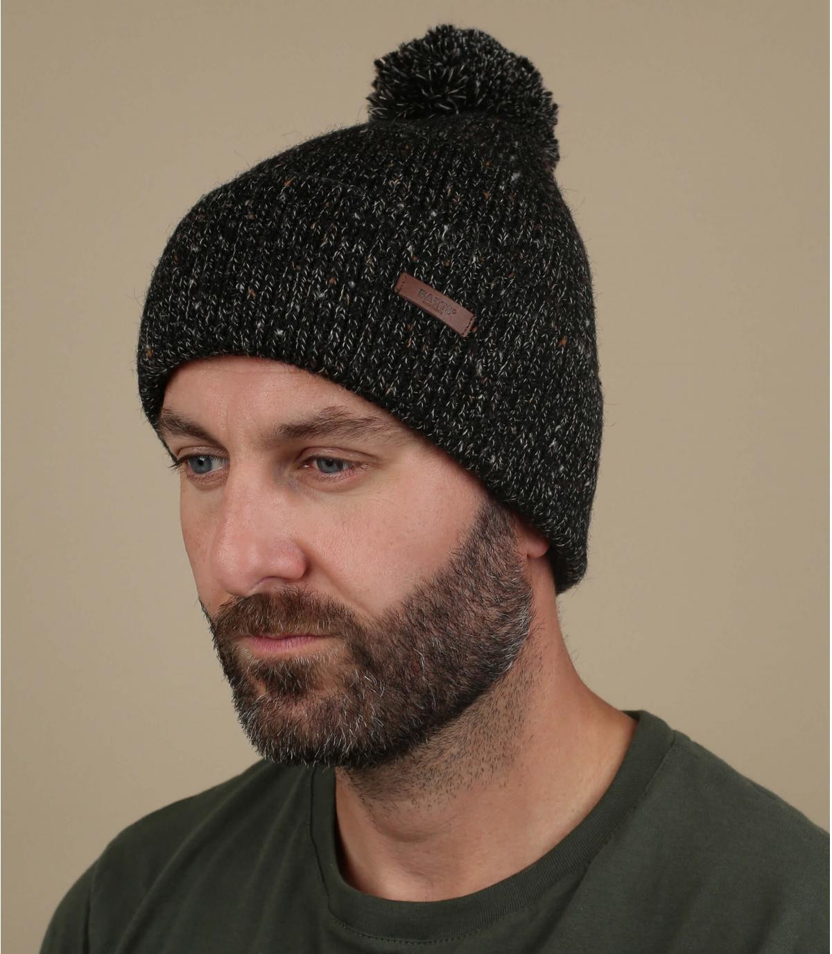 cappello nero pompon nero