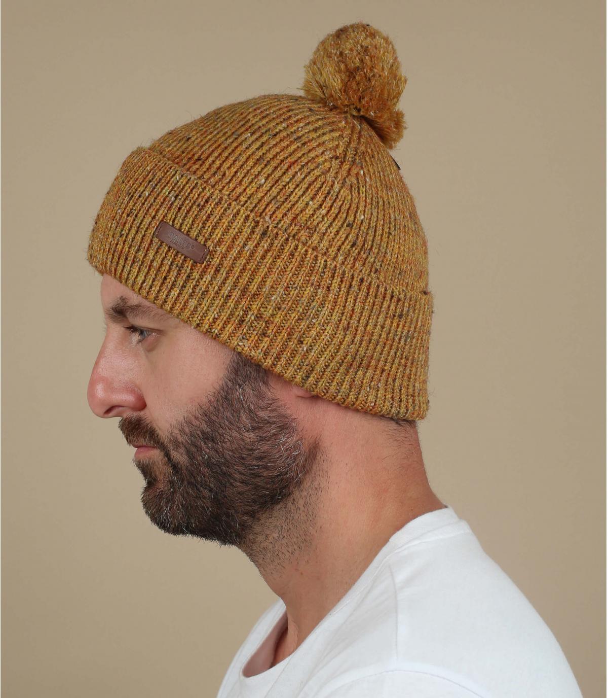 cappello pompon di senape giallo
