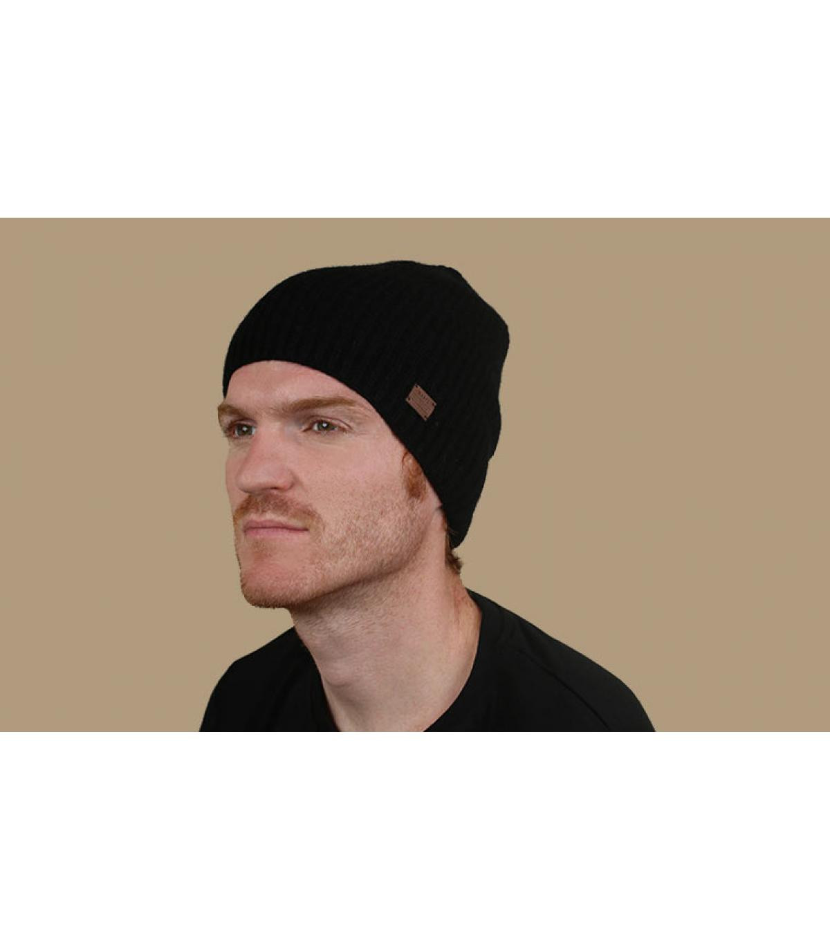 berretto in cashmere di lana nera