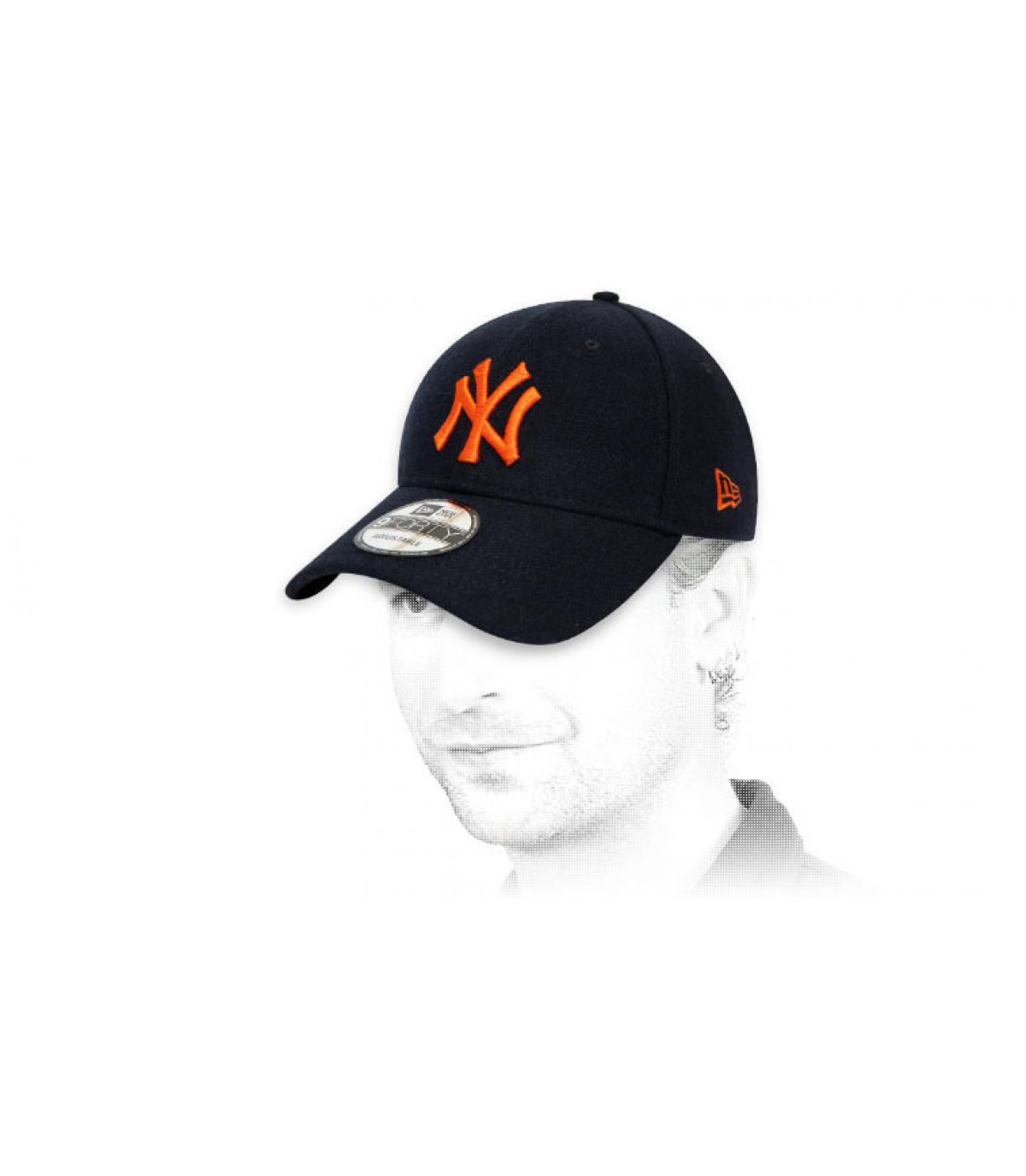 berretto NY lana arancione blu