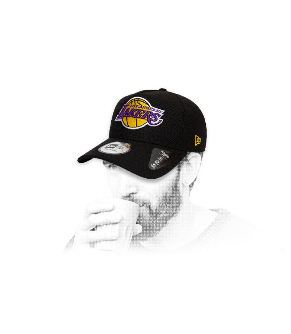 logo berretto nero Lakers