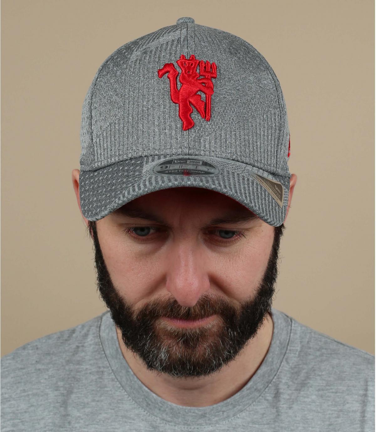 Cappellino Manchester grigio