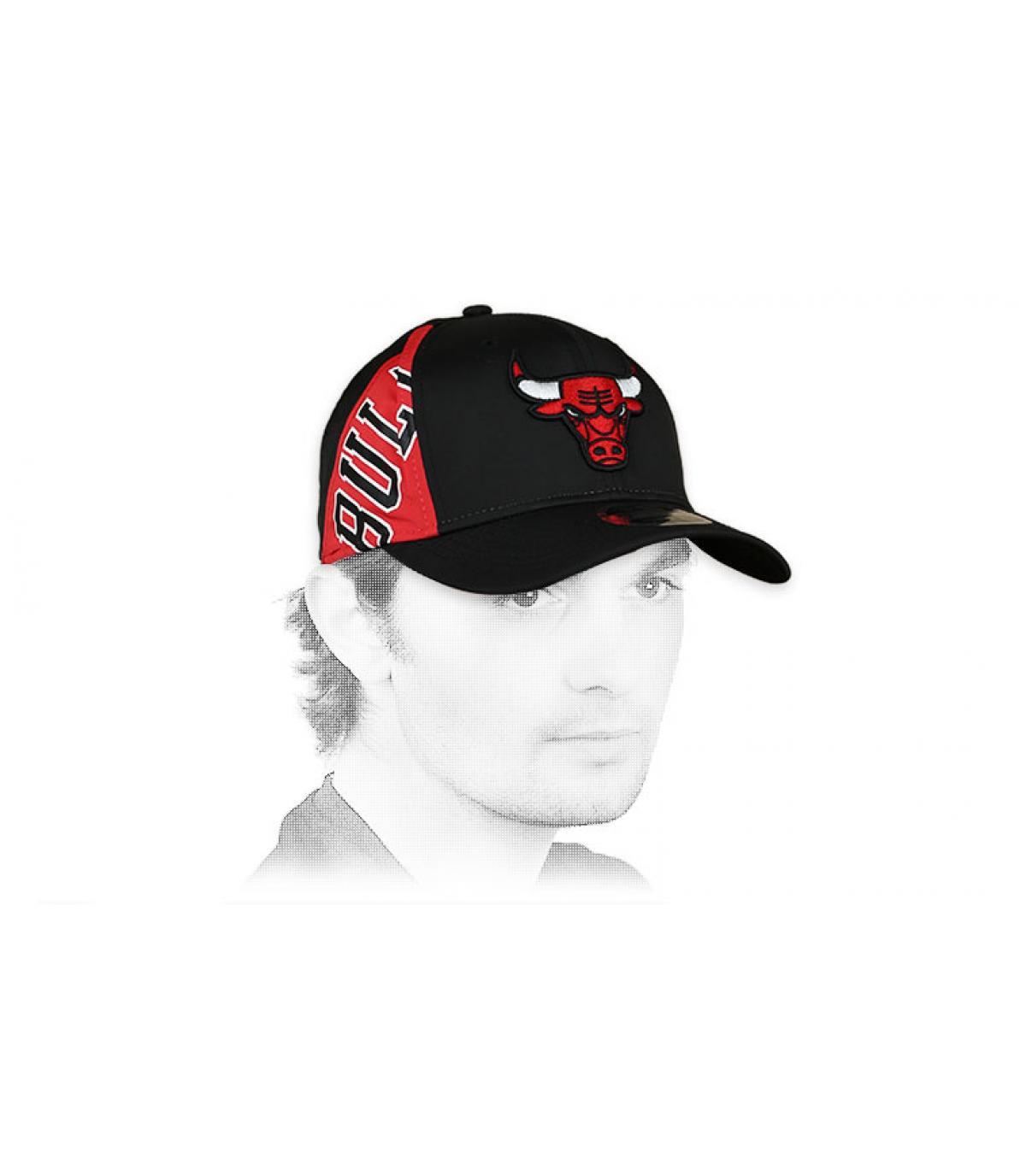 Cappellino elasticizzato nero Bulls