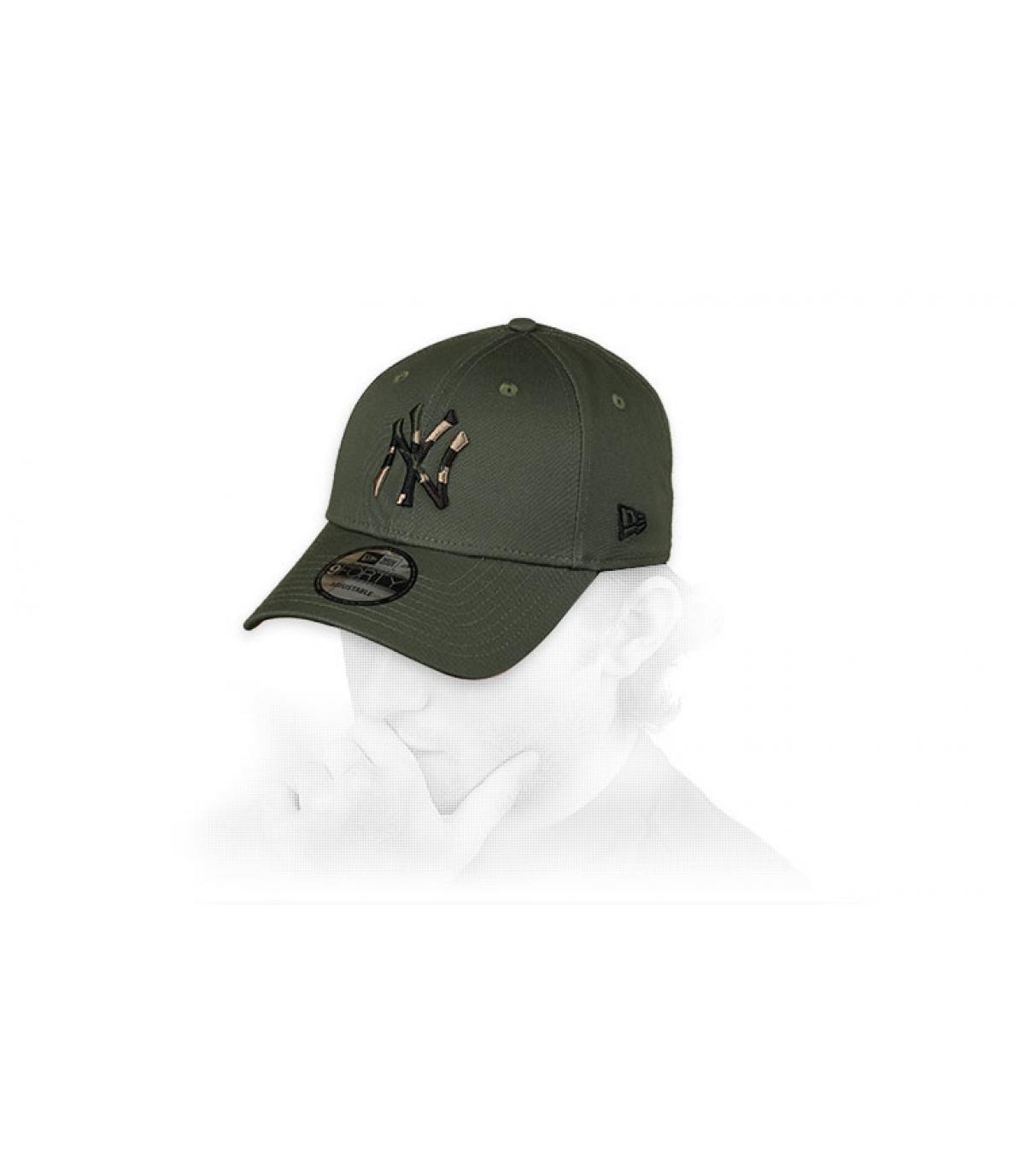 Cappellino NY verde mimetico