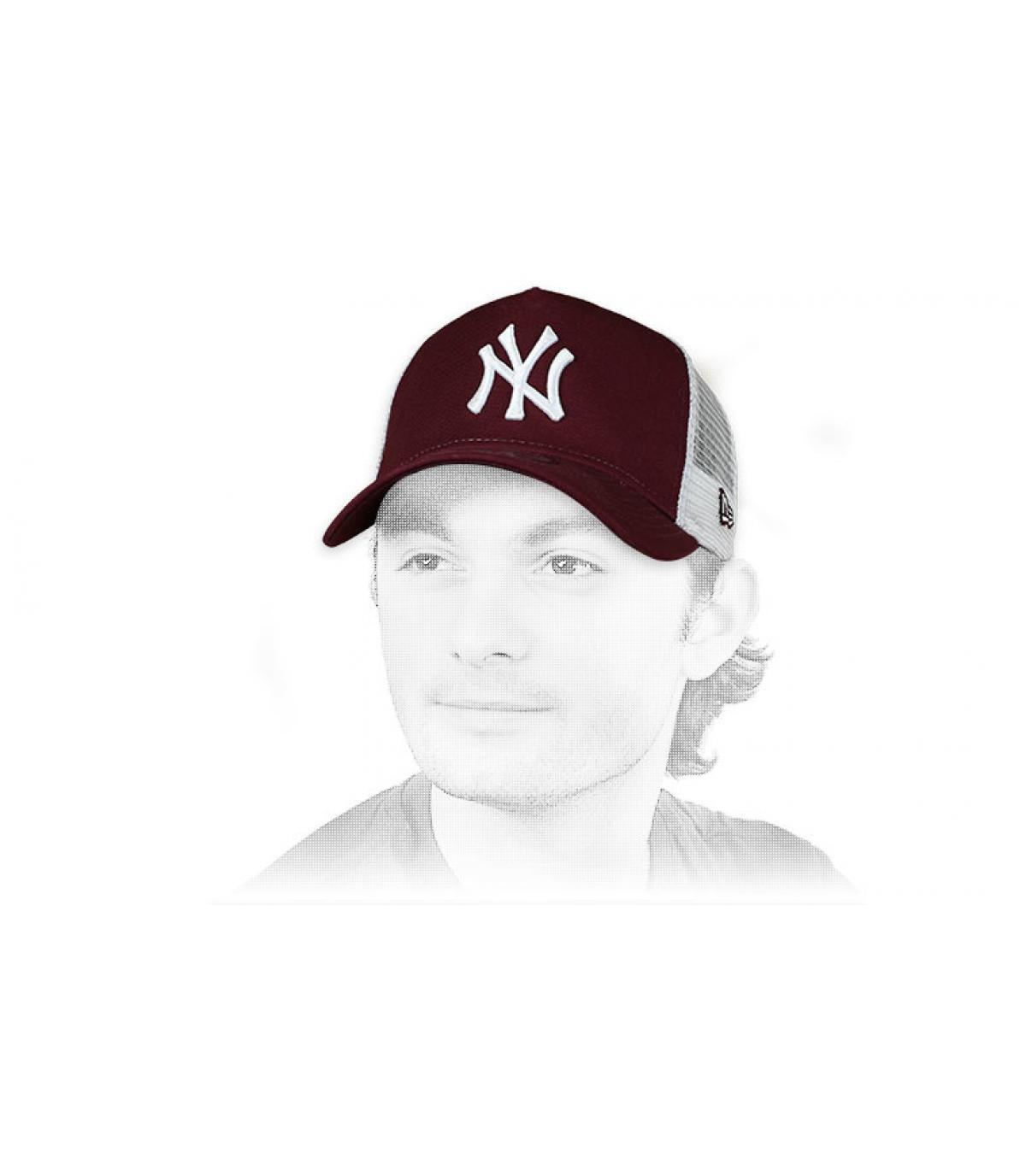 Camionista bordeaux bianco NY