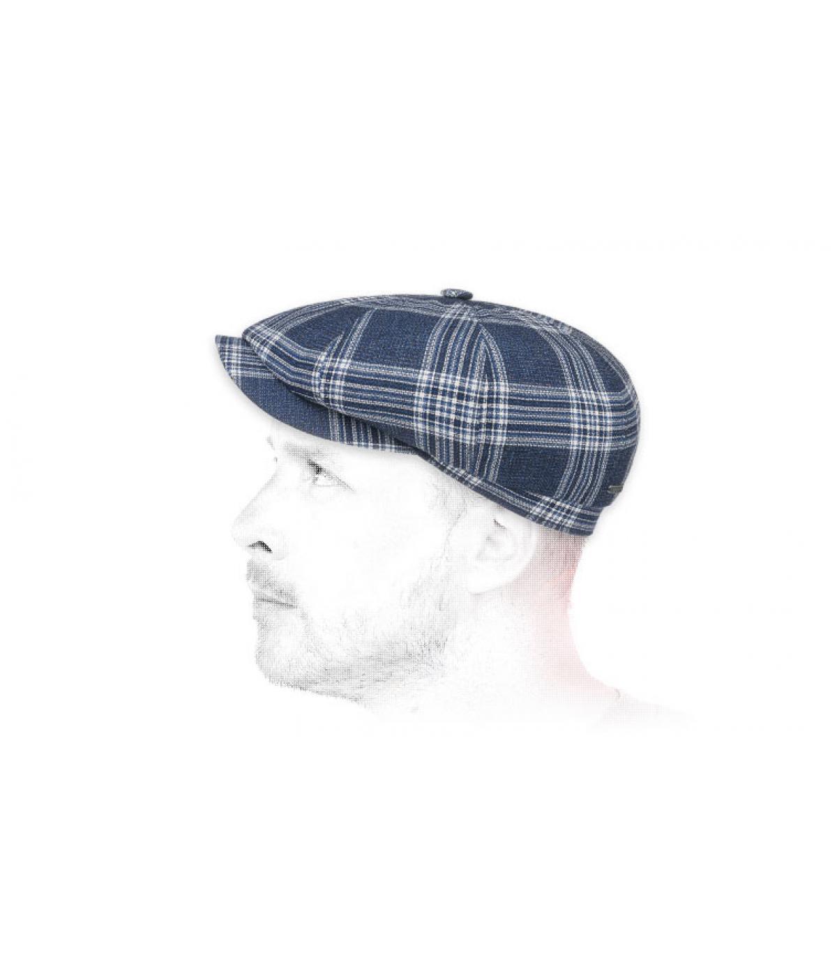 berretto strillone di lana a quadri blu