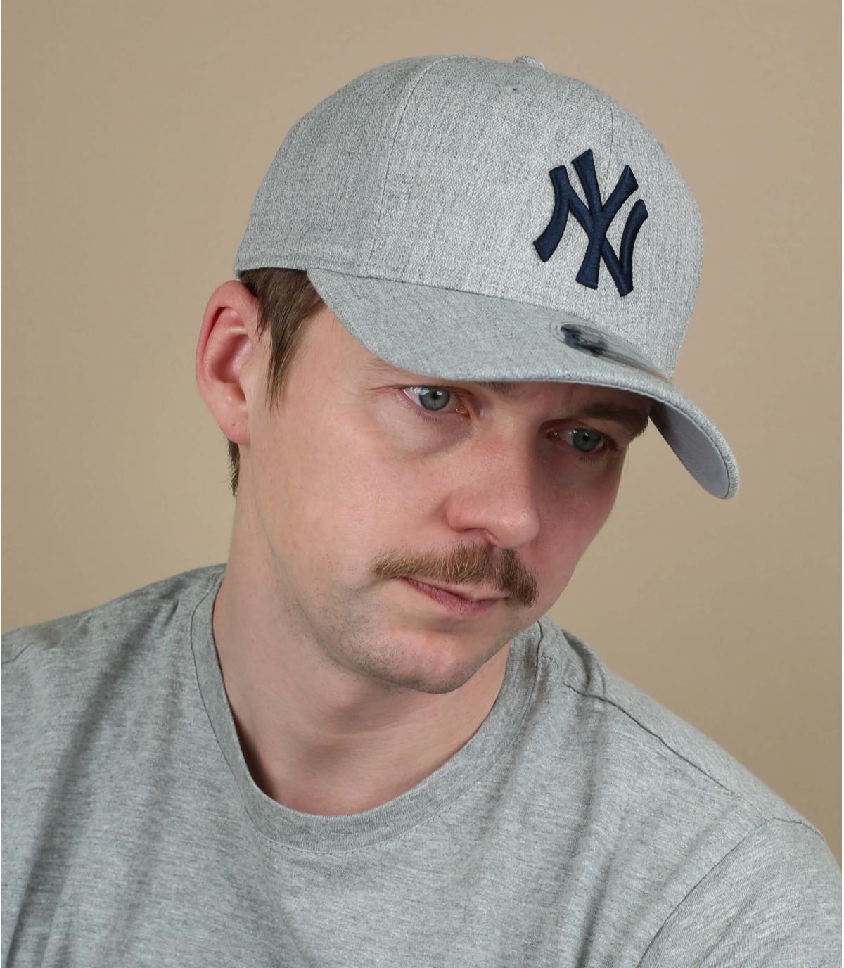 cappellino NY grigio