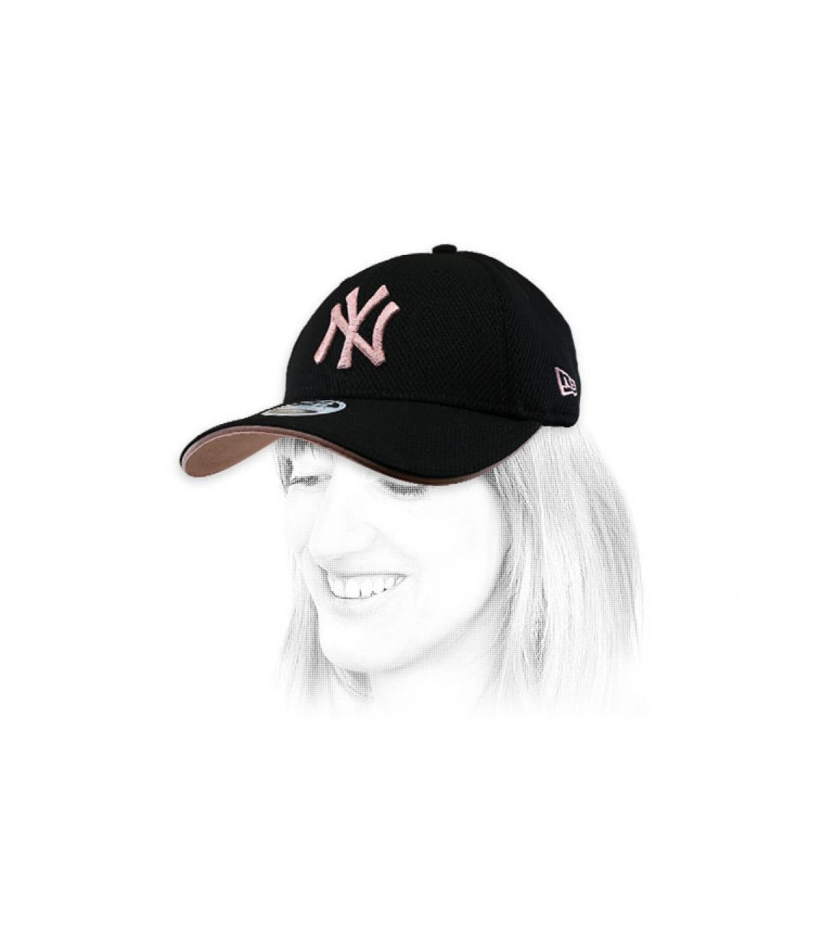 Cappellino da donna NY nero rosa