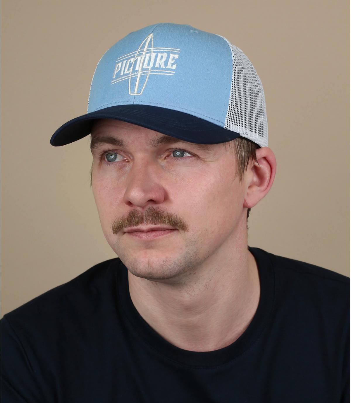 Picture trucker blu