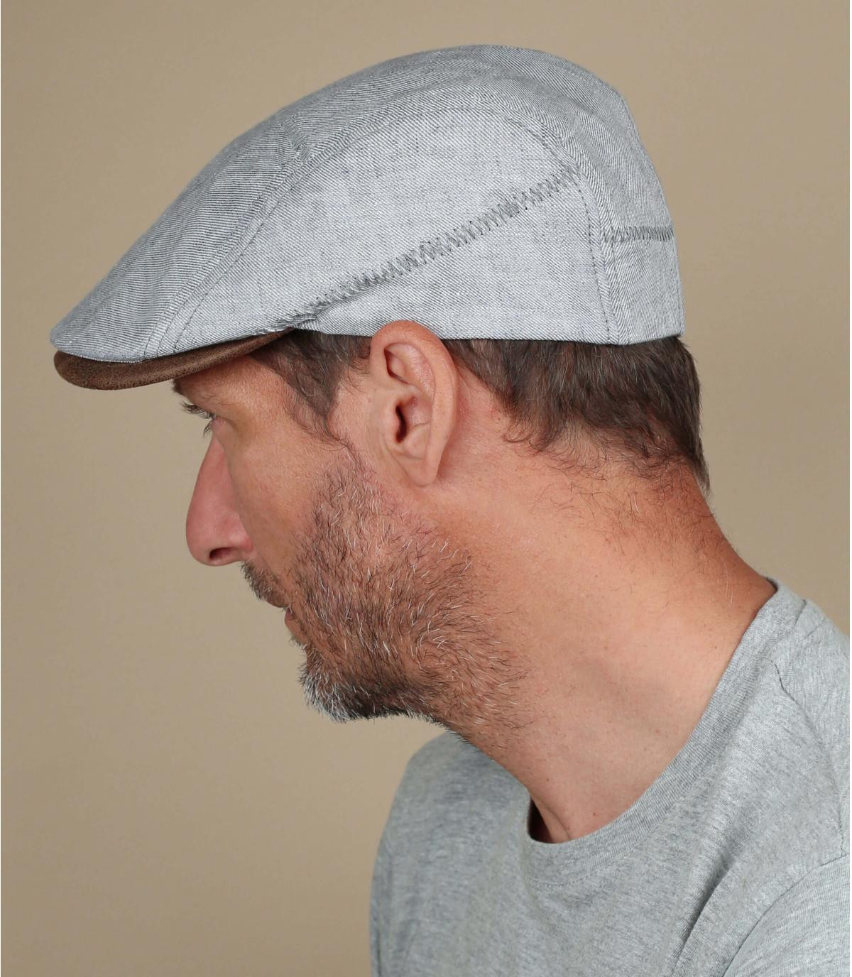 berretto di lino grigio