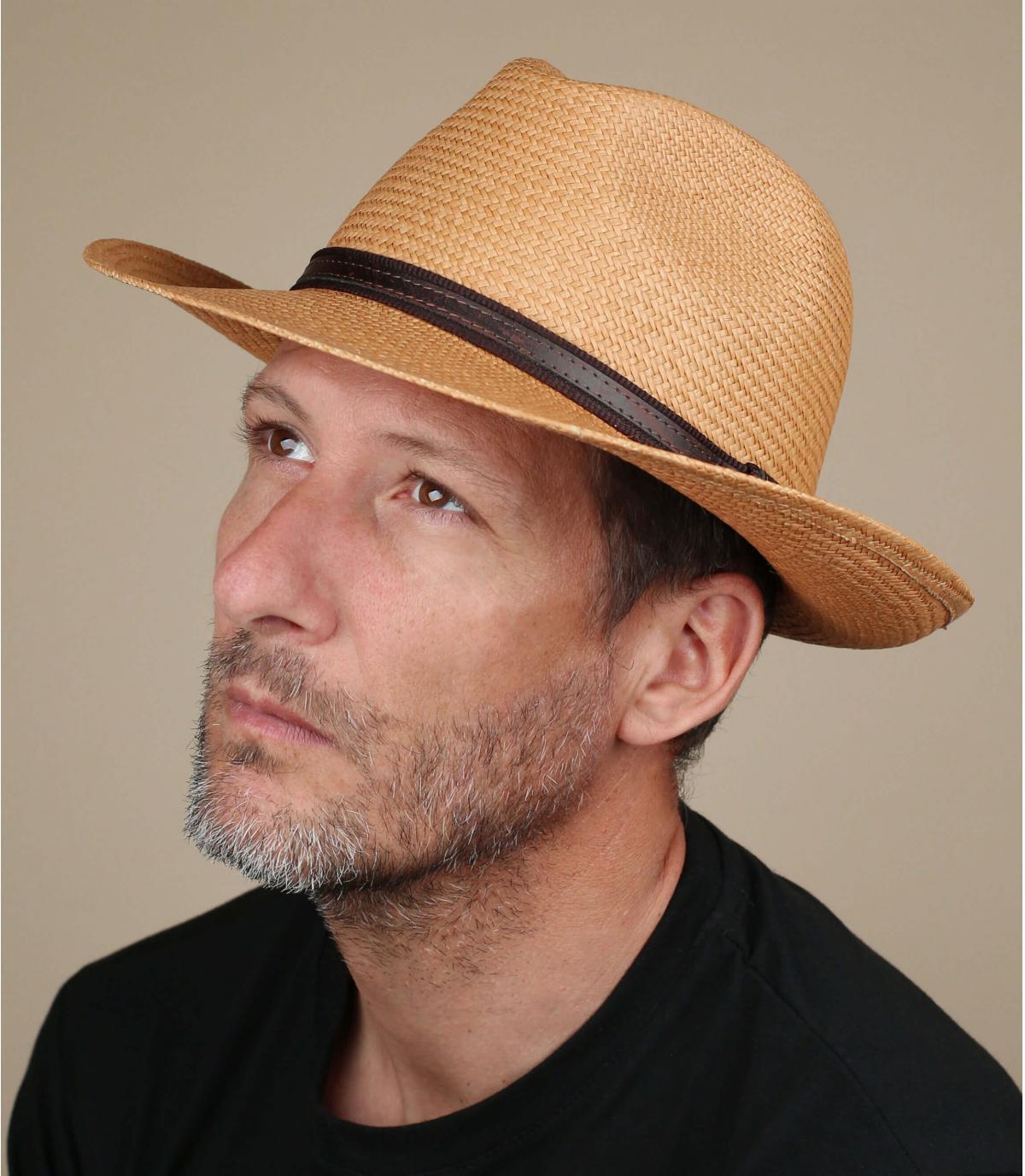 cappello di paglia panama