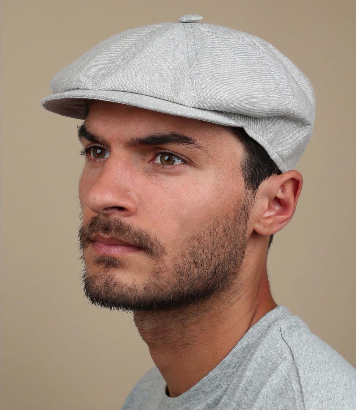 berretto strillone grigio