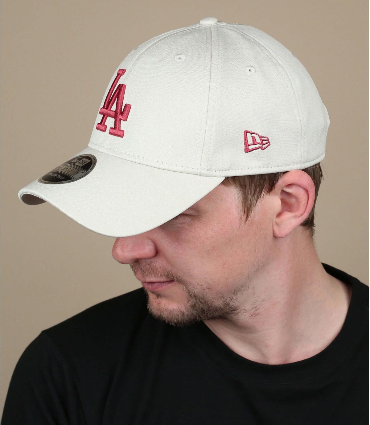 Cappellino rosso beige LA