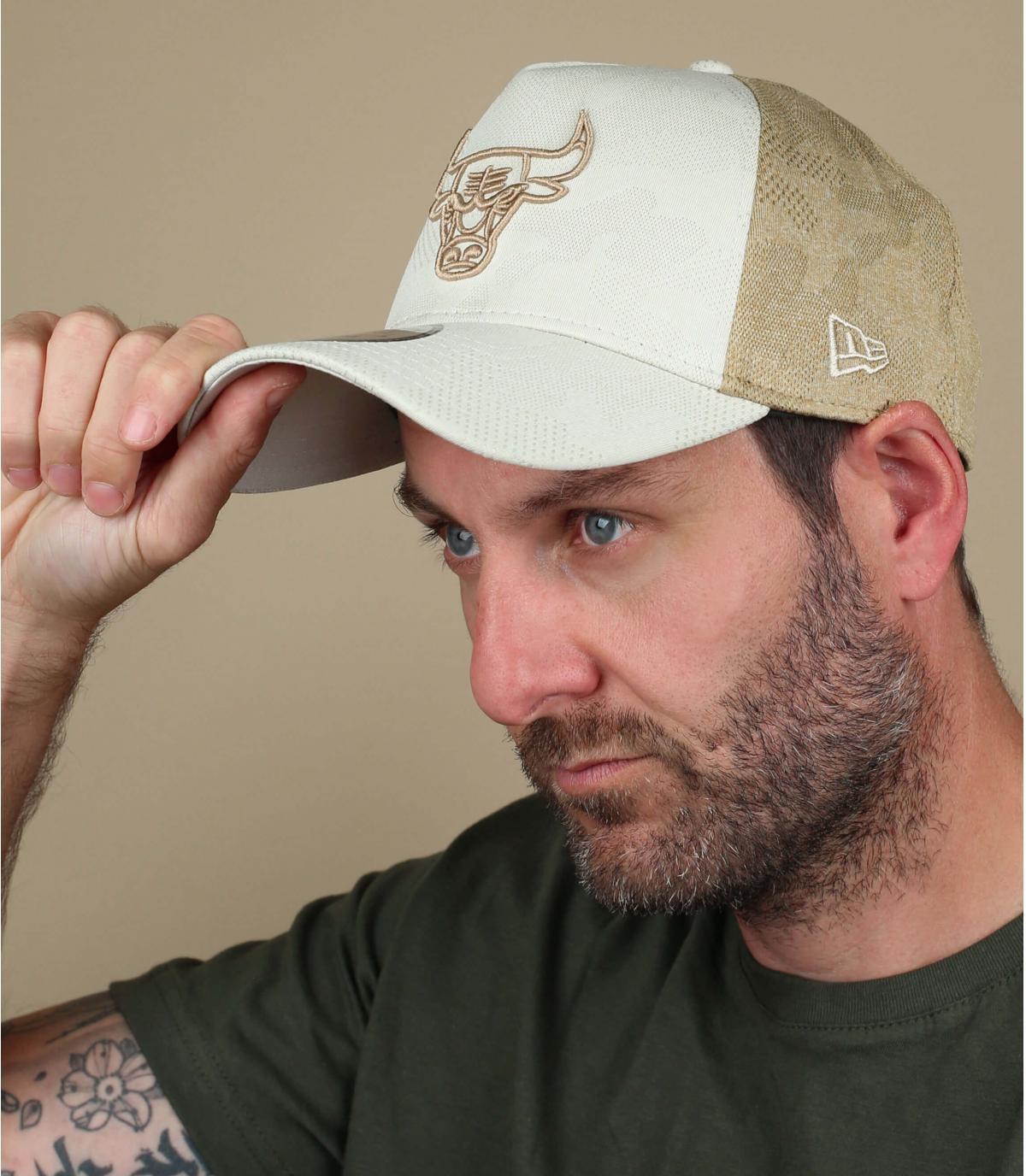 trucker tori beige